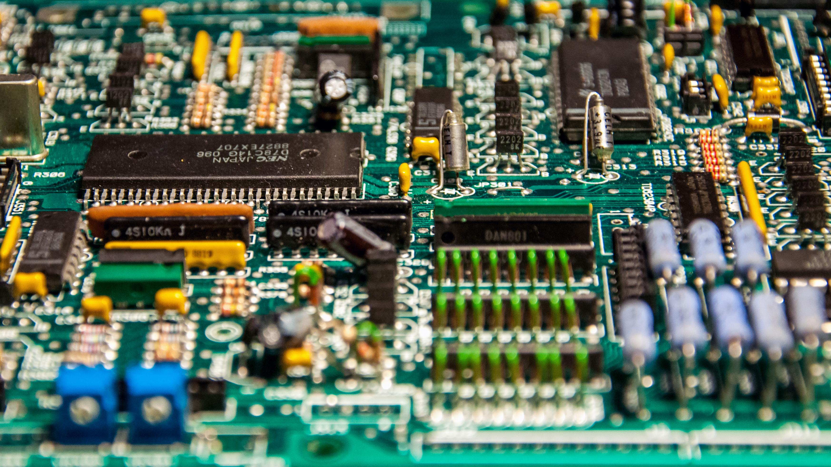 Free Photo Closeup Of Electronic Circuit Board Microchip Electric
