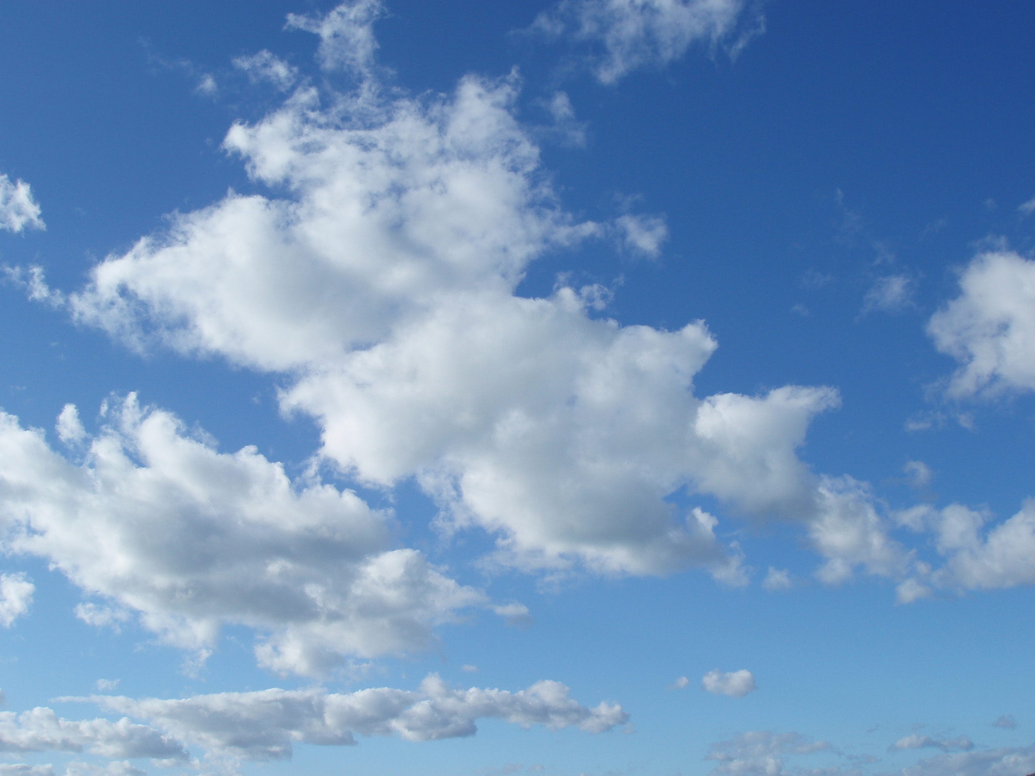 Free image of fluffy clouds