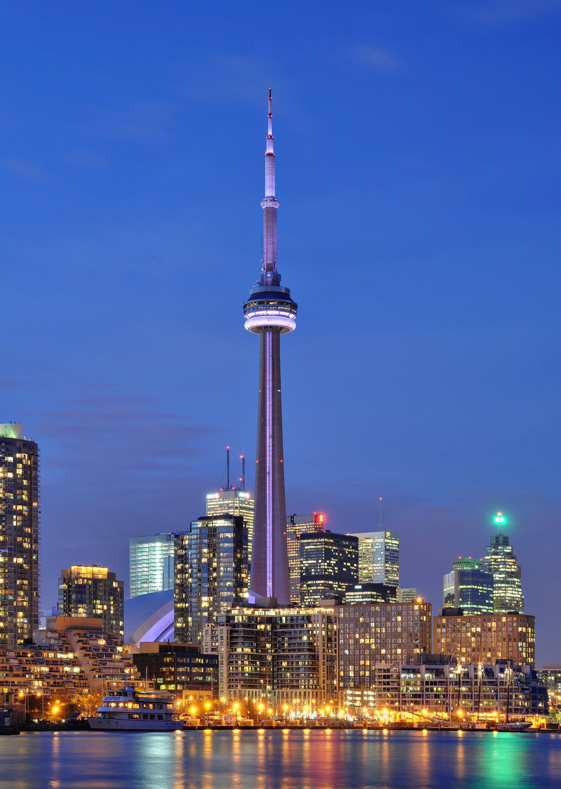 CN Tower - Night - modlar.com