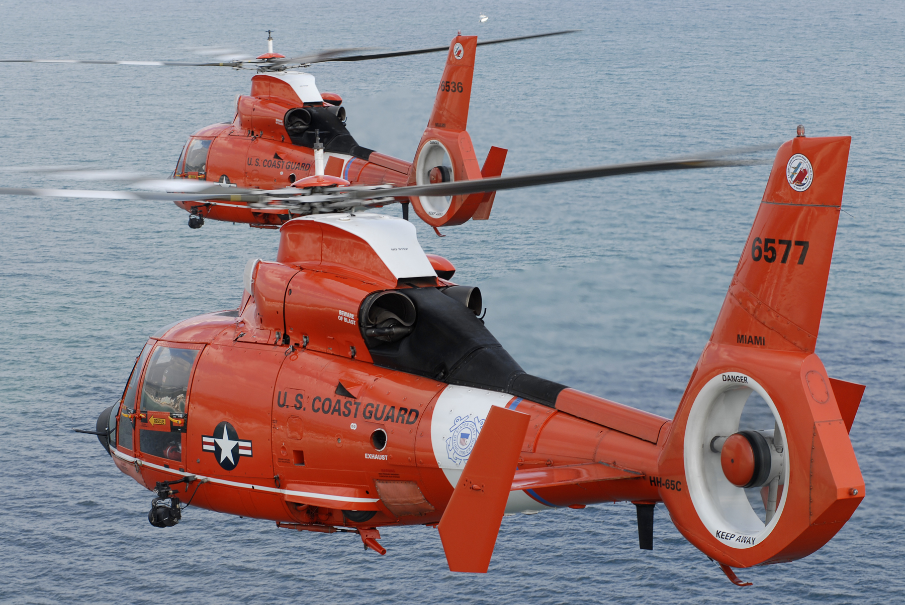 File:Two coast guard HH-65C Dolphin helicopters.jpg - Wikimedia Commons