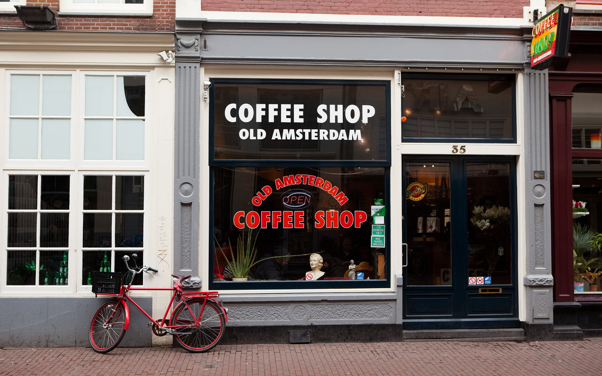 The History of Dutch Cannabis Coffeeshops | Leafly