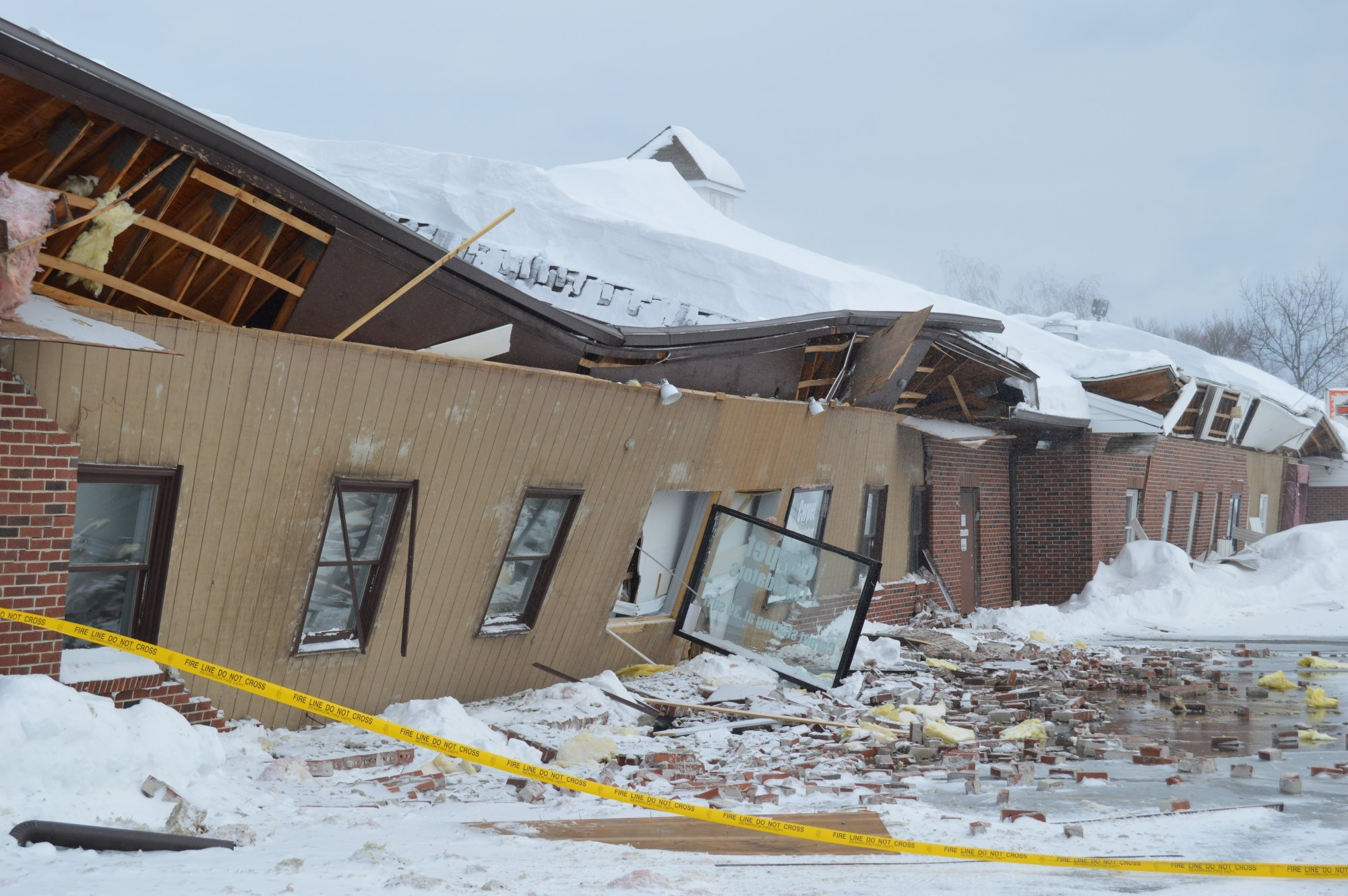 Gym Roof Collapse – Sportswave.ca