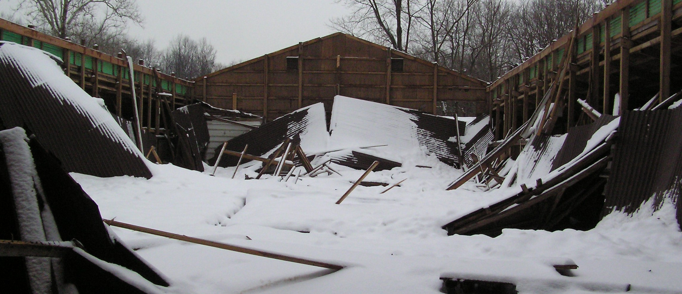 How much snow was on the roof when it collapsed? | Prugar Consulting ...