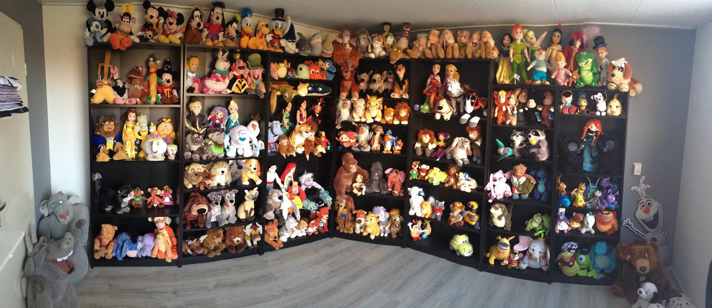 Disney plush collection Disney room - YouTube