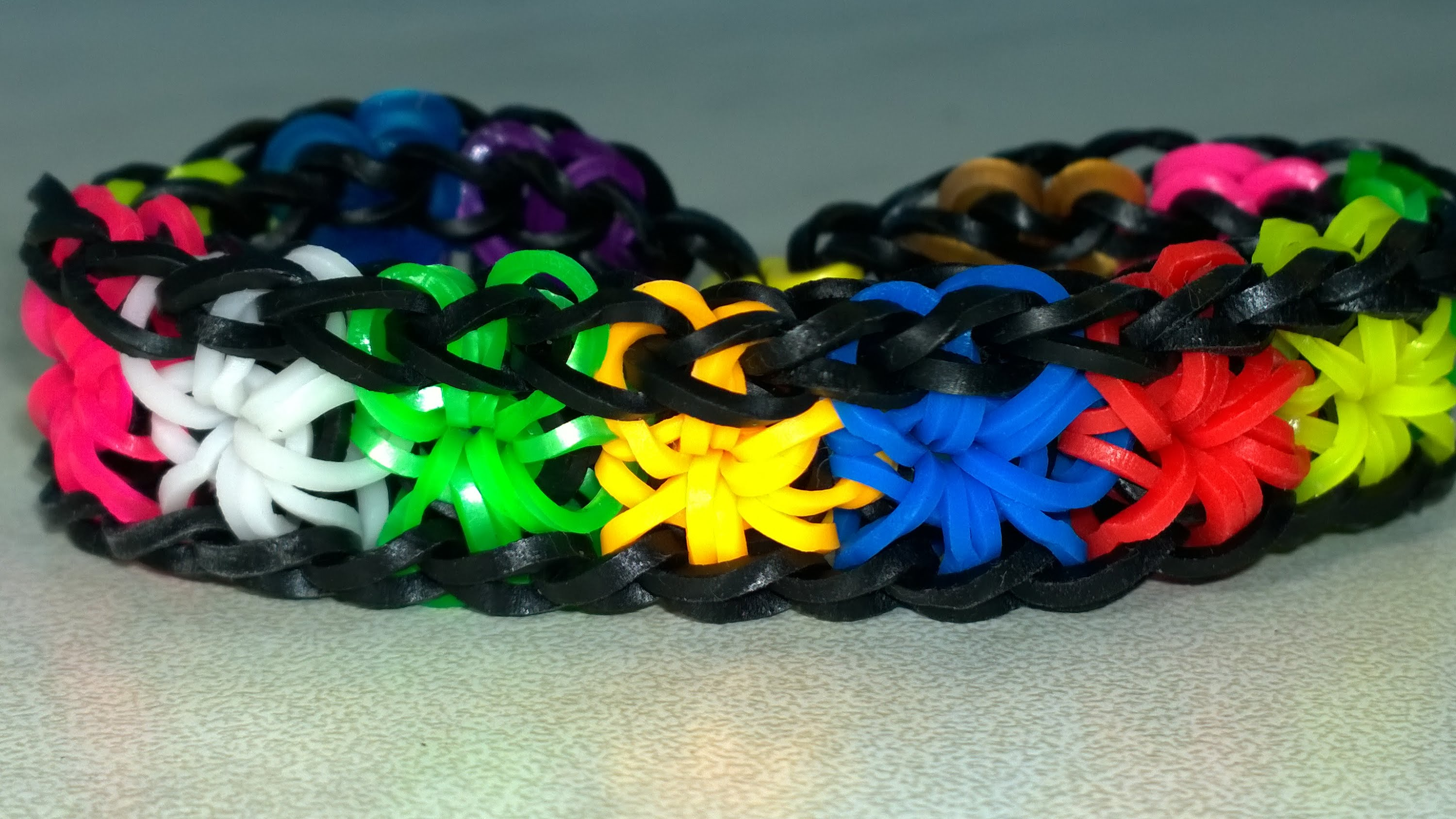 Rainbow Loom Starburst Bracelet with two forks. Very Easy! Colorful ...