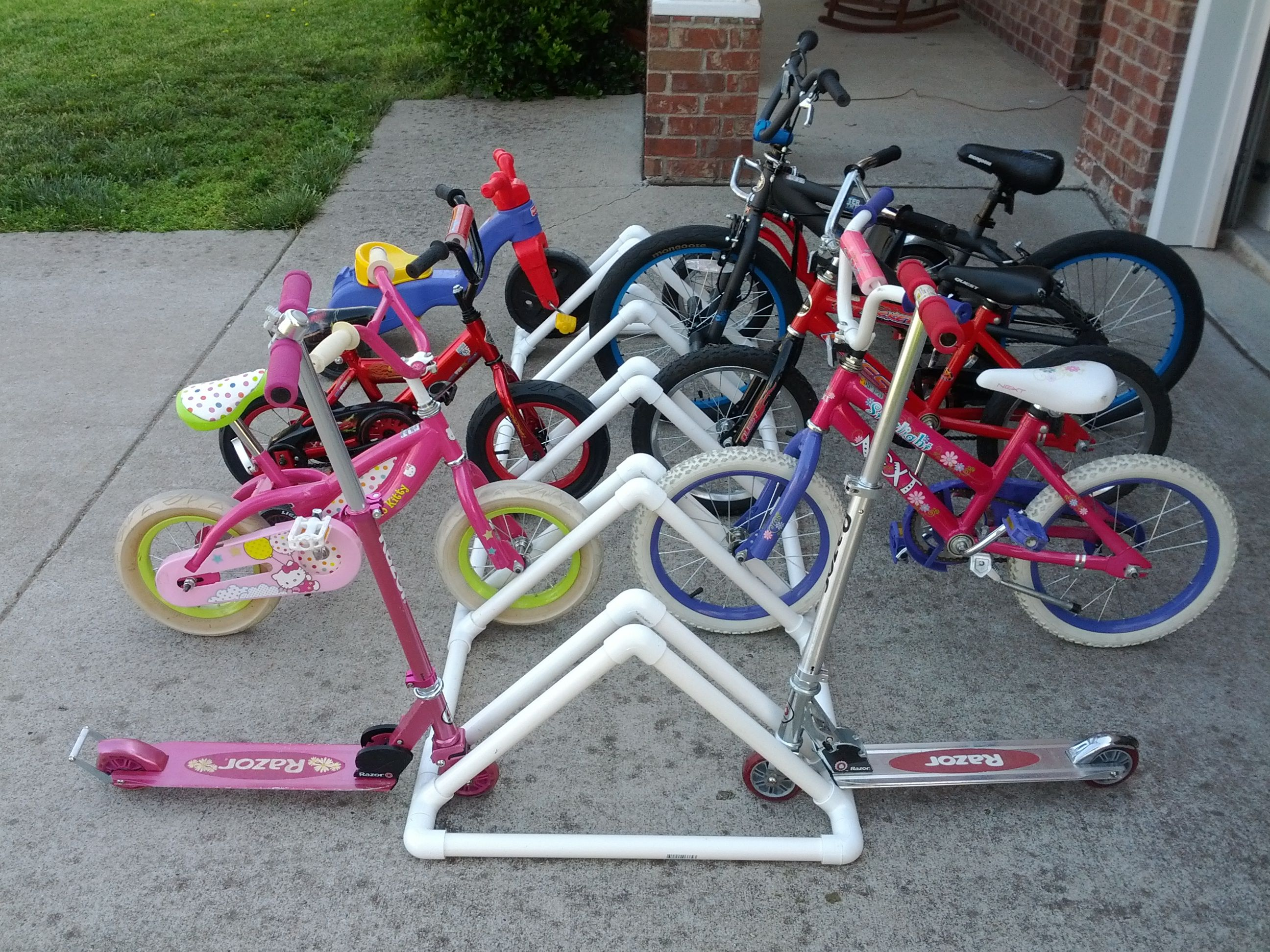 Project #4 – DIY Bike Rack Made from PVC Pipe | Pvc bike racks, Diy ...