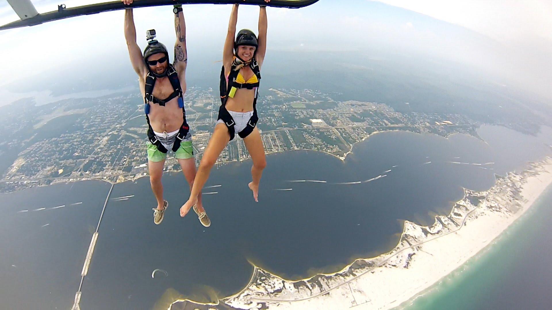 Professional parachuting photo