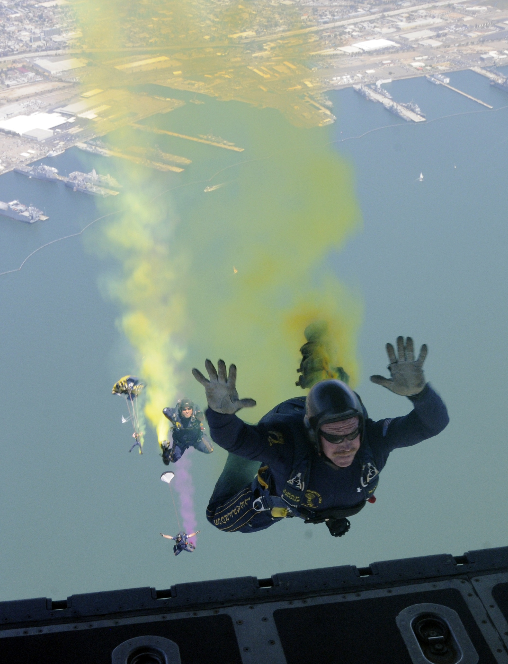 Colorful skydiving photo