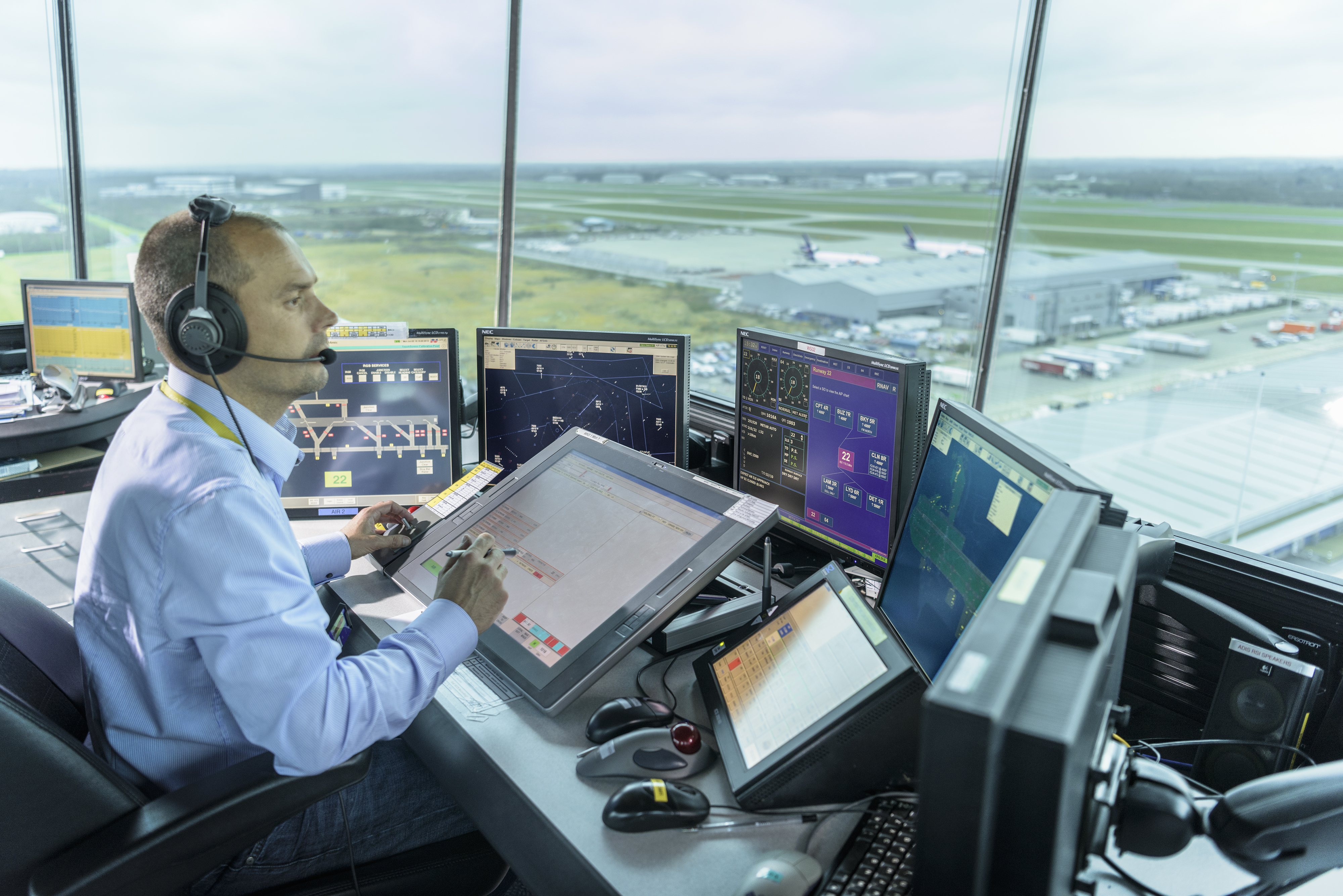 Inside Stansted control tower - NATS Blog