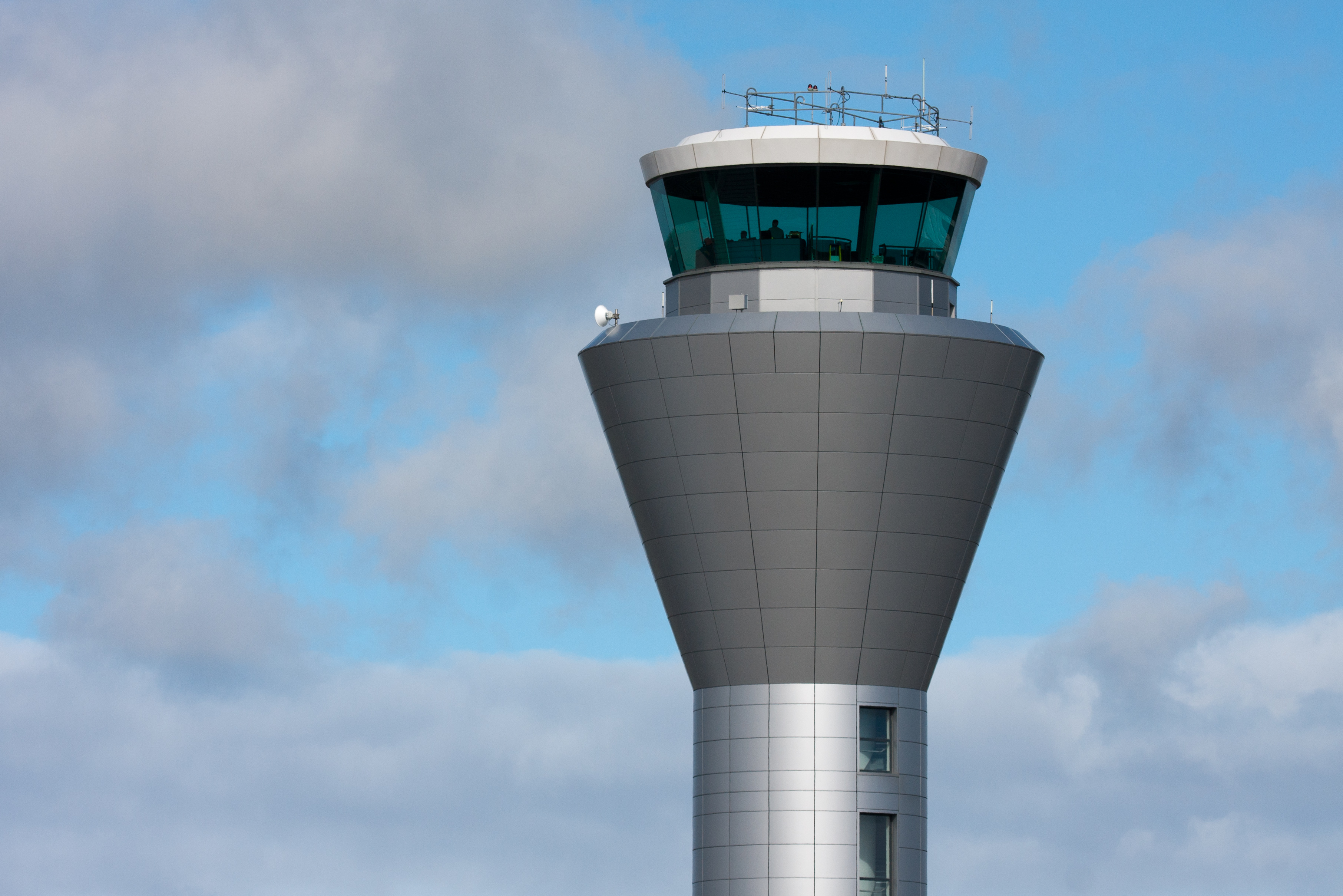 File:Jersey Airport control tower.jpg - Wikimedia Commons
