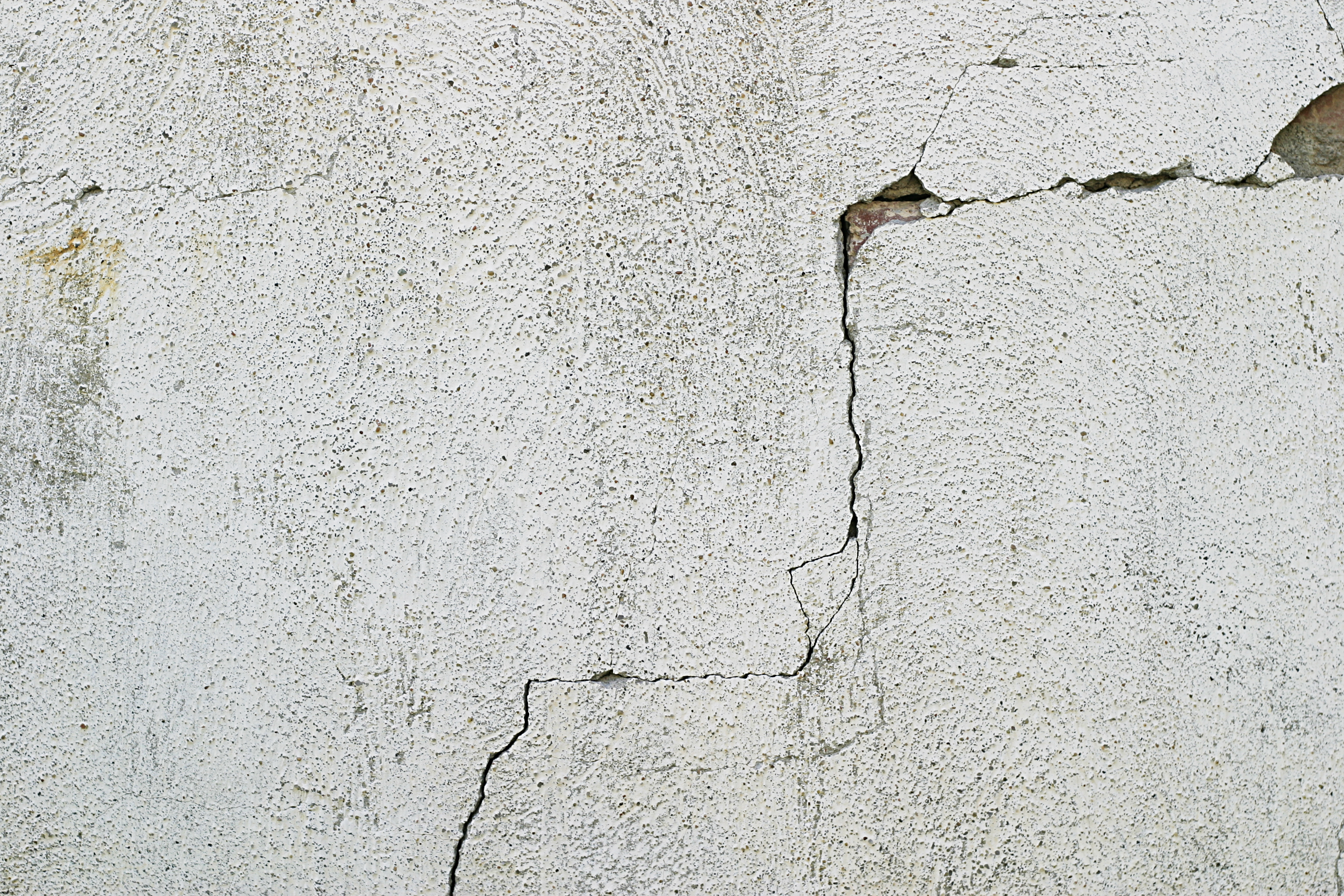 Free Cracked Concrete Texture Texture - L+T