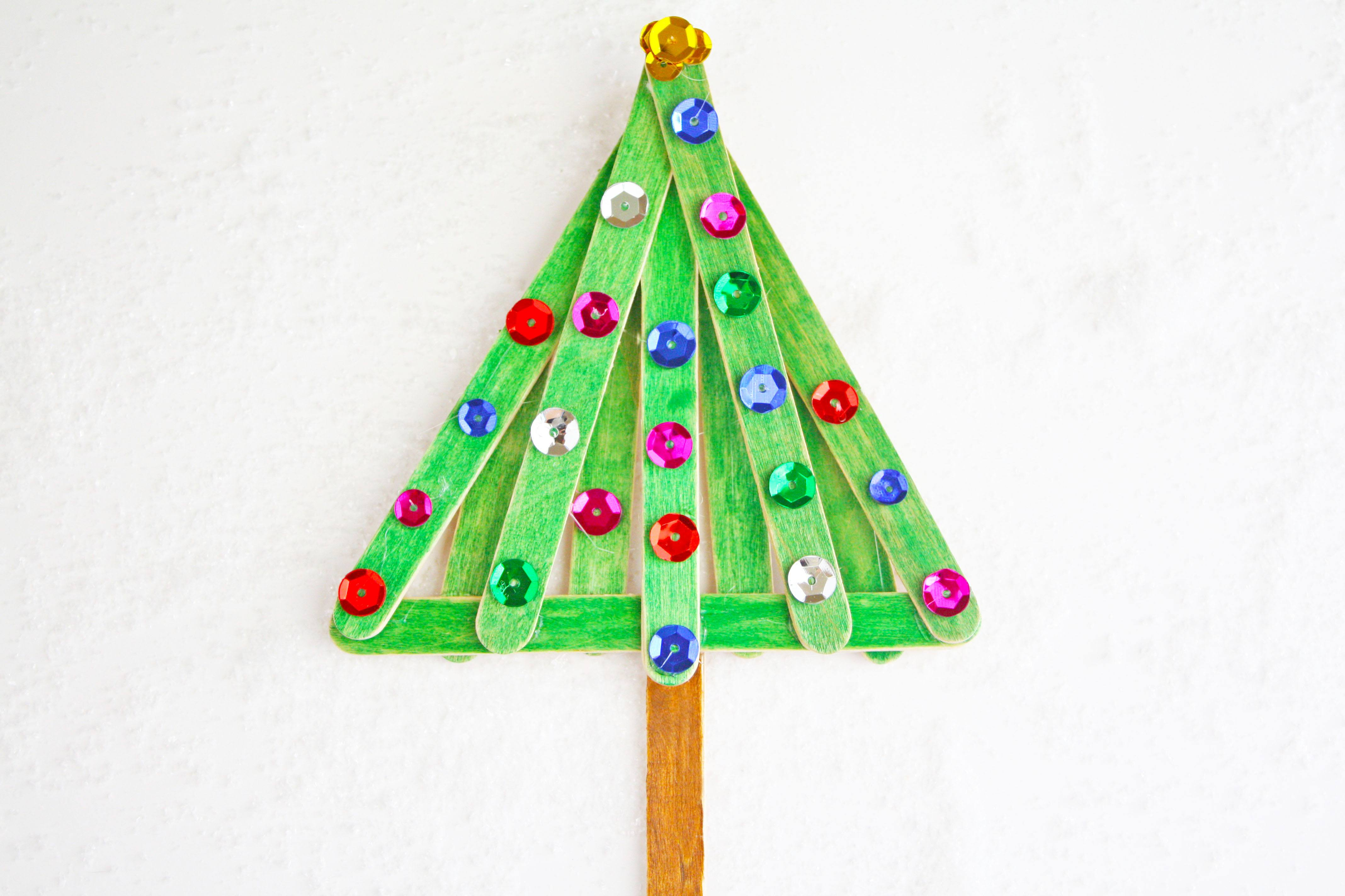 Easy & Fun Popsicle Stick Christmas Tree Craft on Love the Day