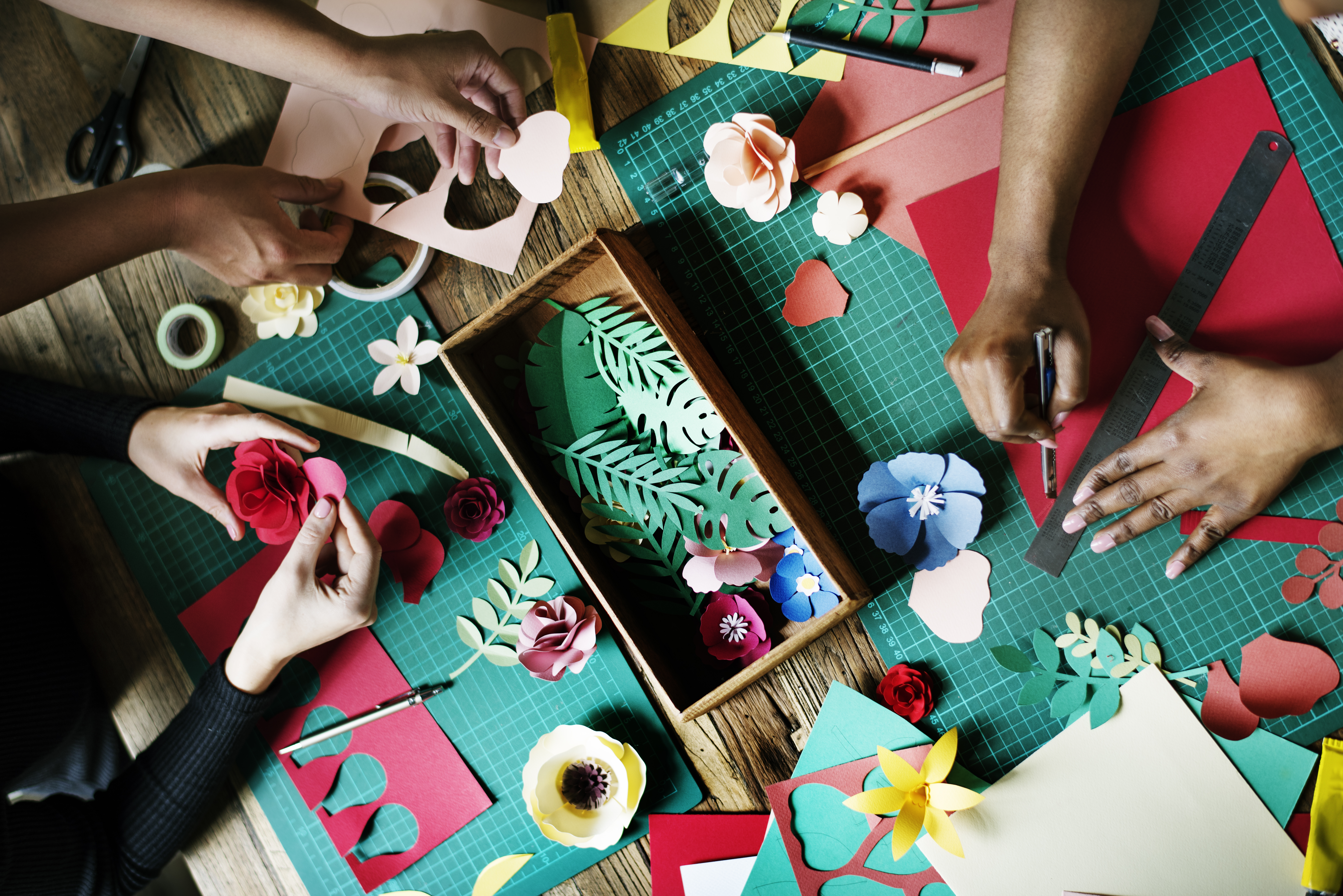 Start Crafting Today With These Simple Tips - Arts & Crafts for You