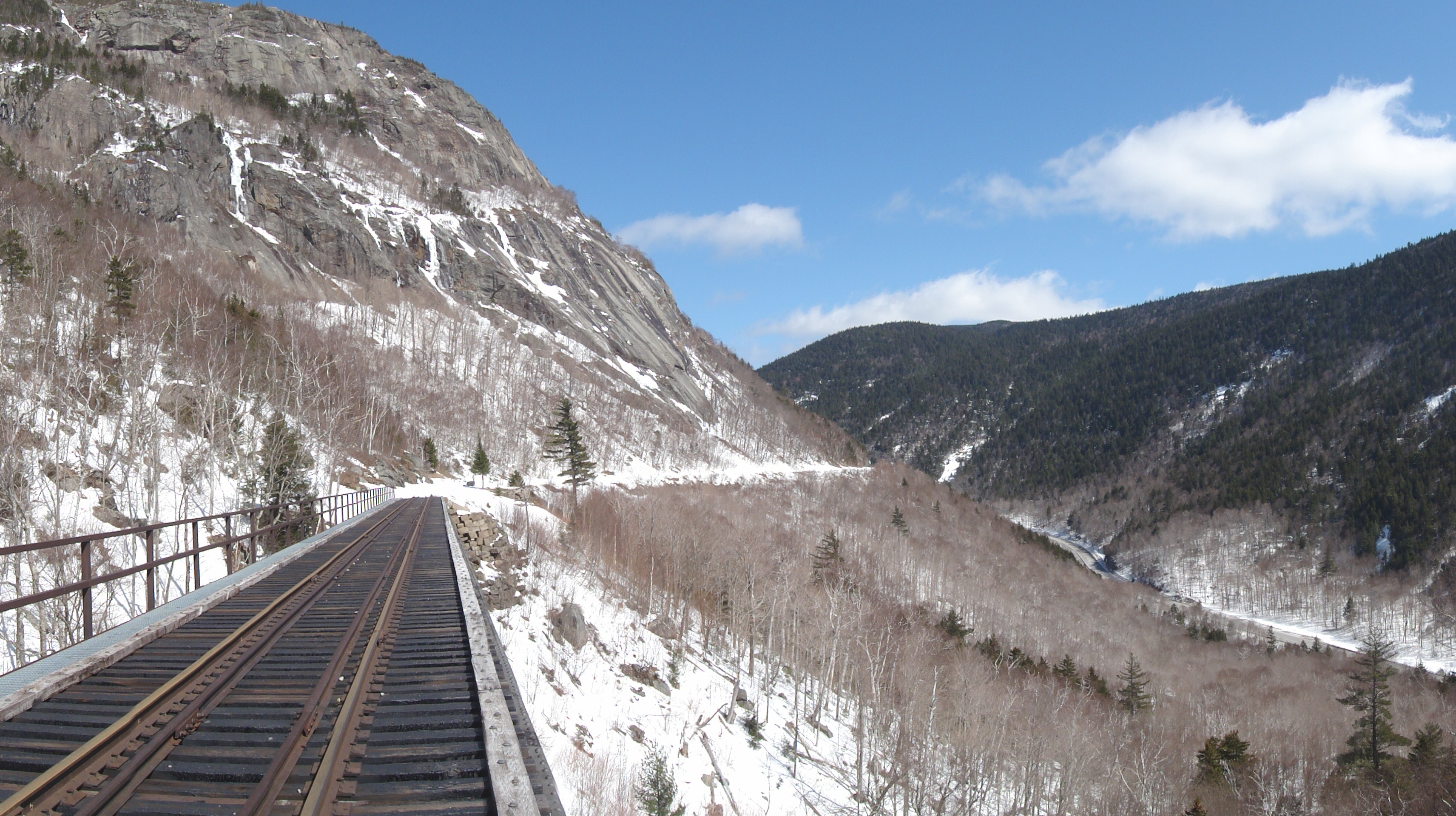 Out of This World! – X-Country Skiing in Crawford Notch | The Park ...