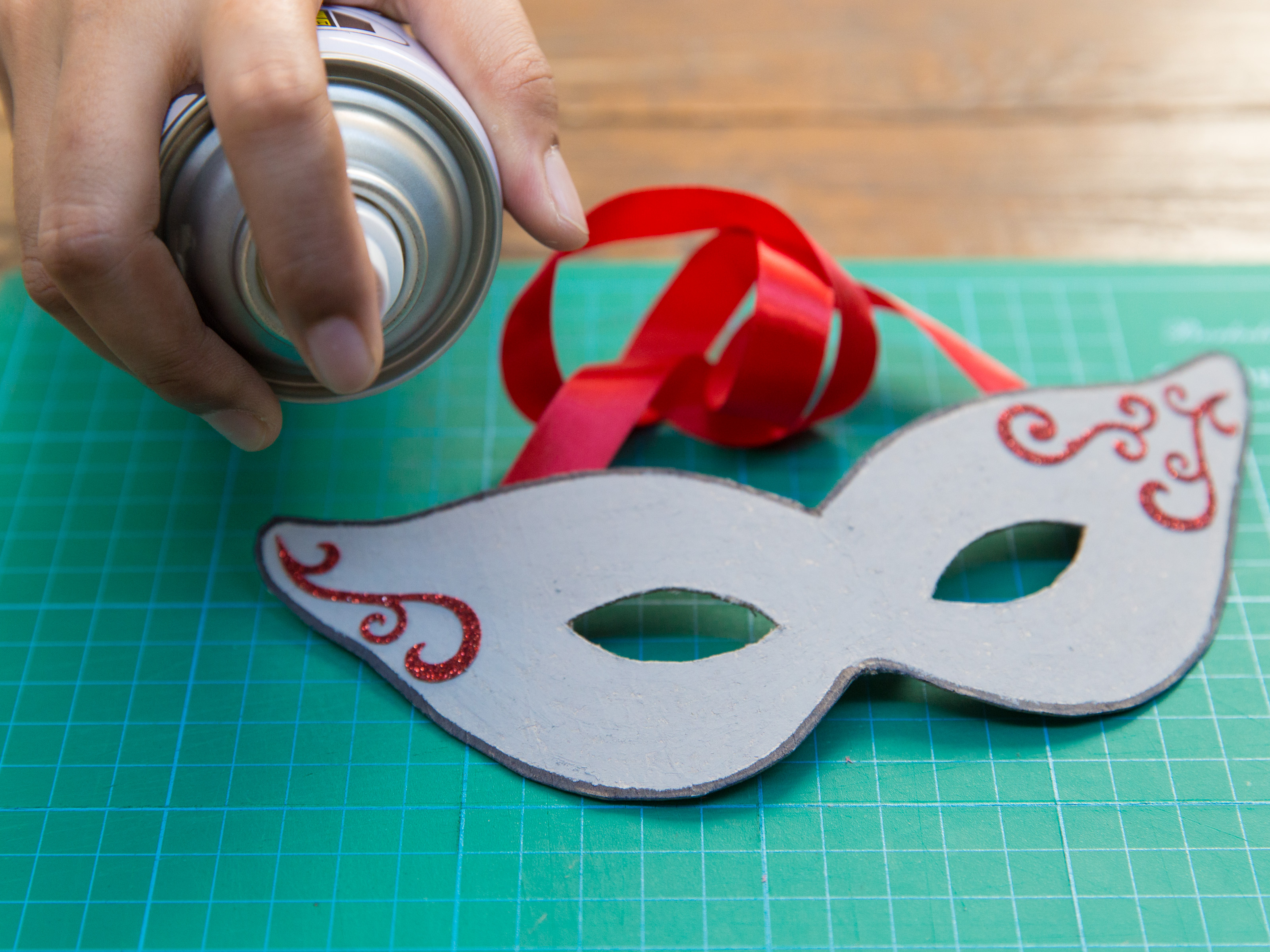 How to Make a Paper Mask: 14 Steps (with Pictures) - wikiHow