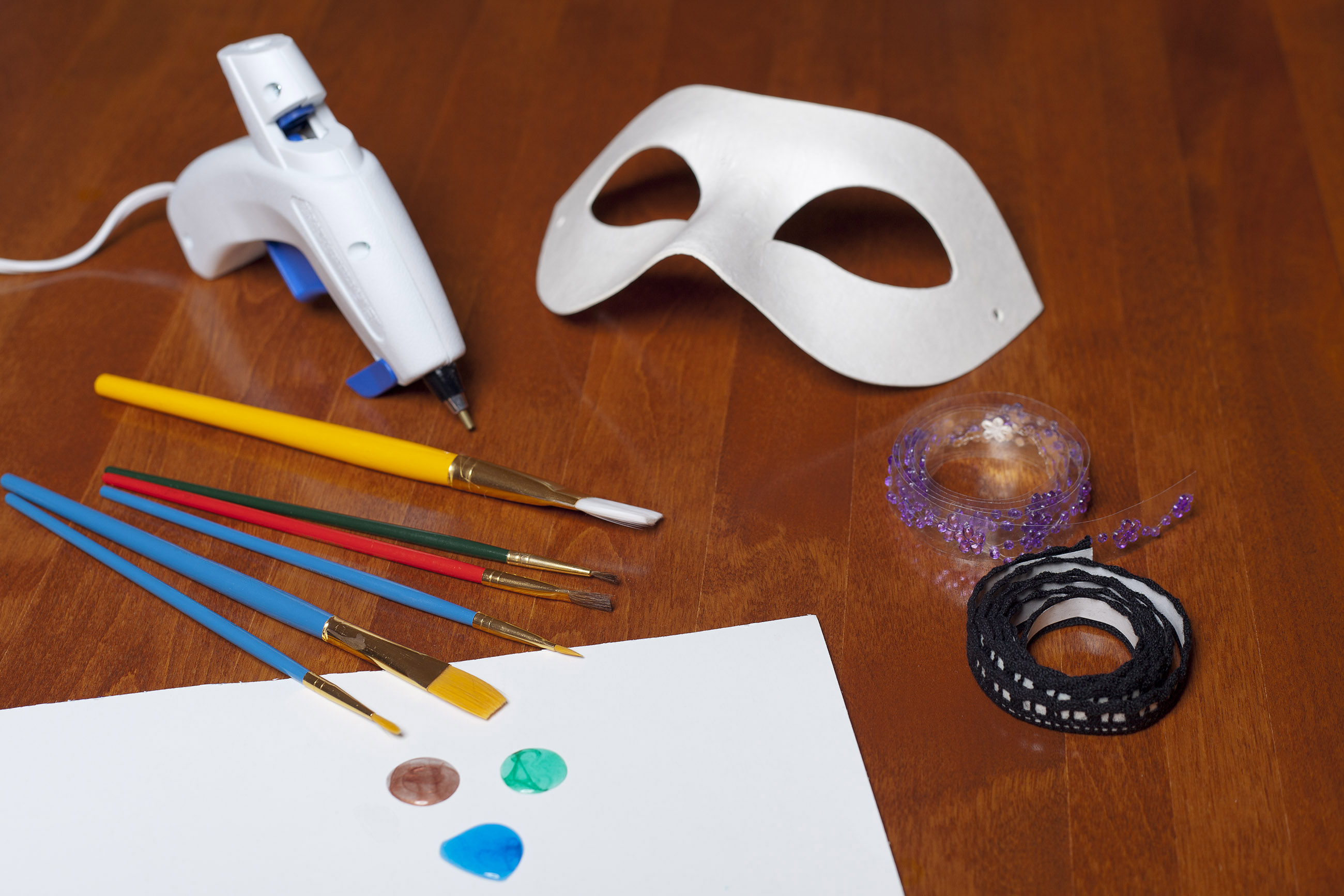 Creating a mask for carnival photo