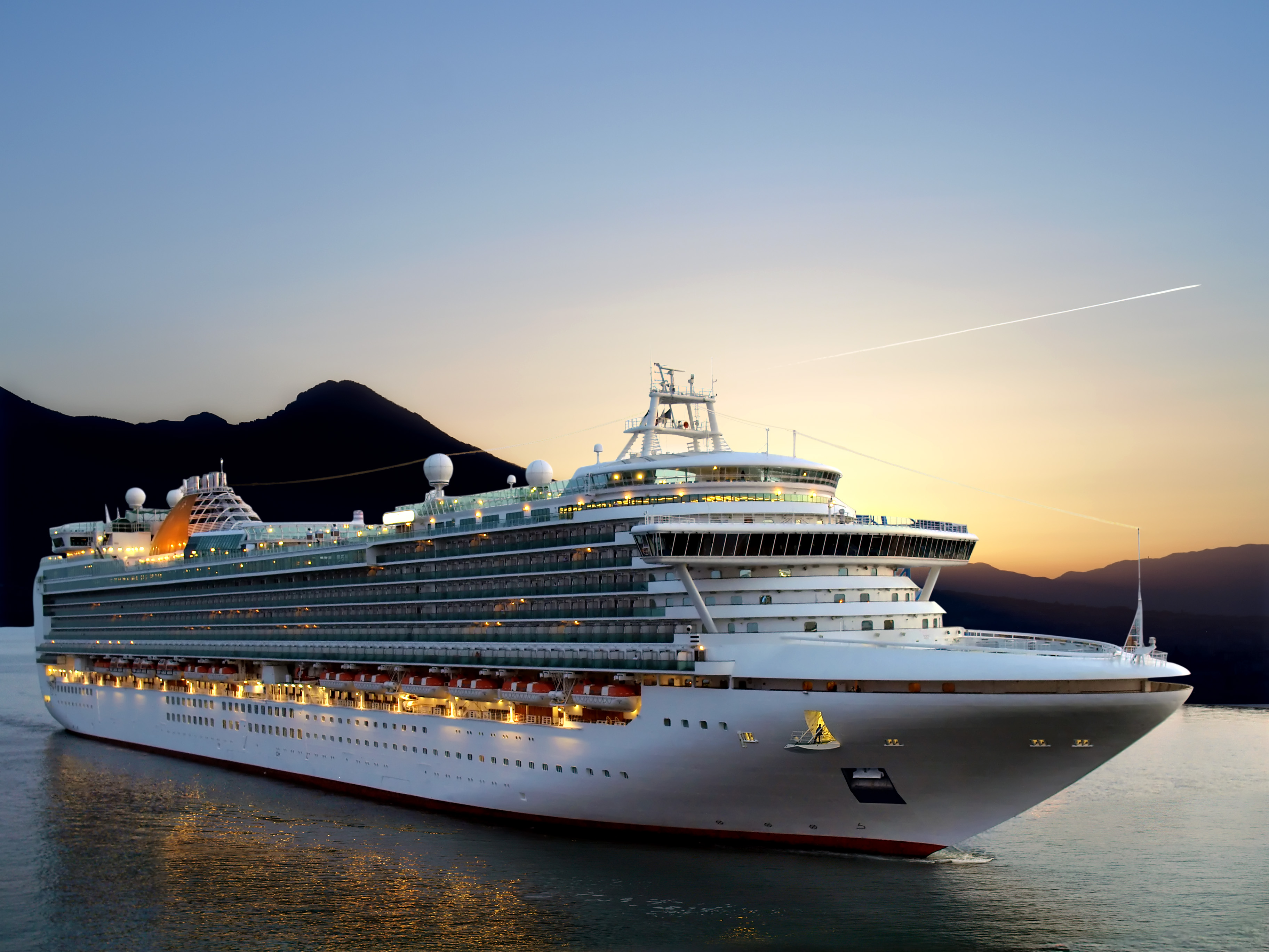 10 Tips] Sleeping the Best When Traveling On A Cruise Ship – Insider ...