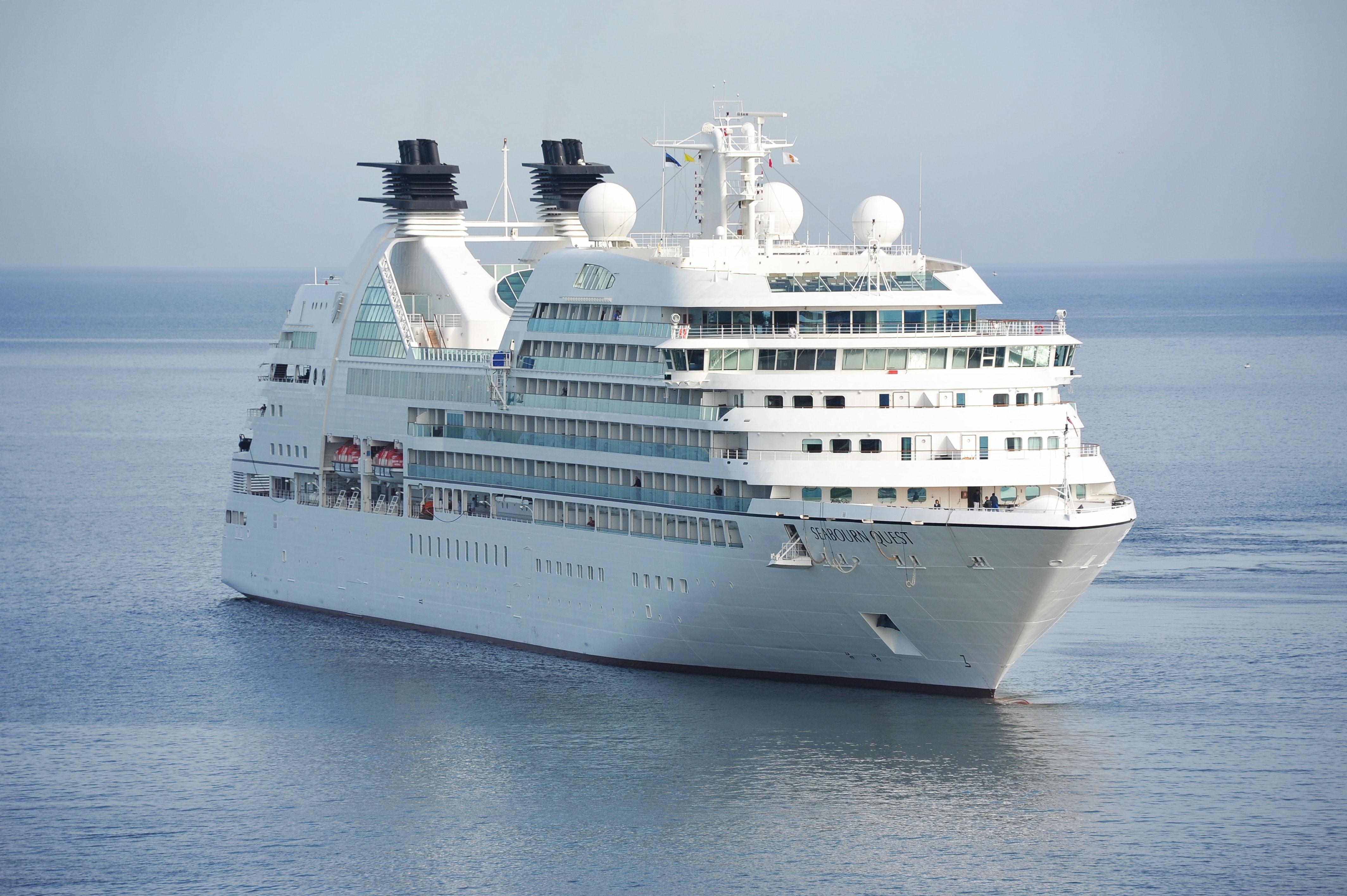 250+ Engaging Cruise Ship Photos · Pexels · Free Stock Photos