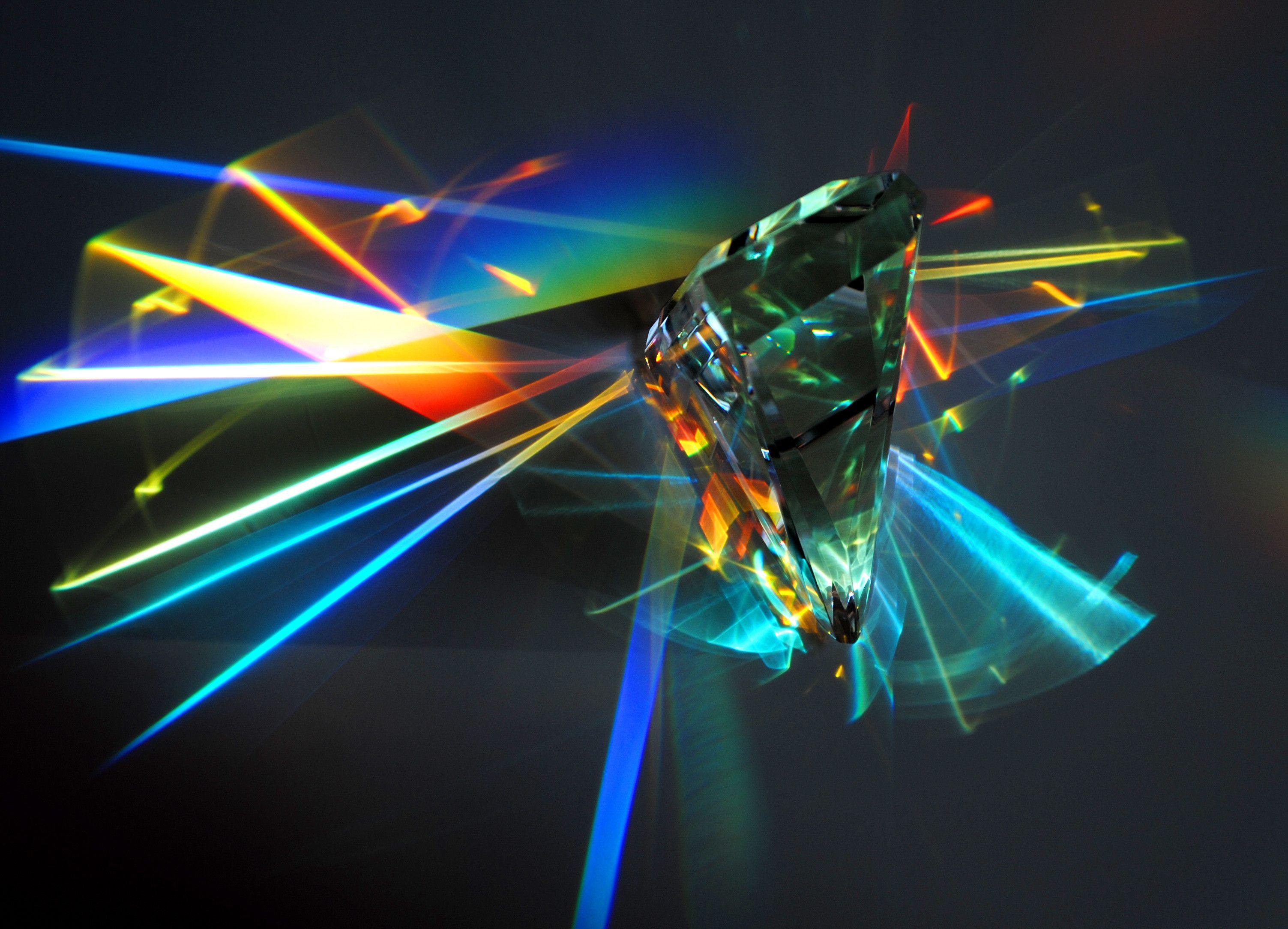 crystal prism - Pesquisa Google   referência (brilho em luz)   Pinterest