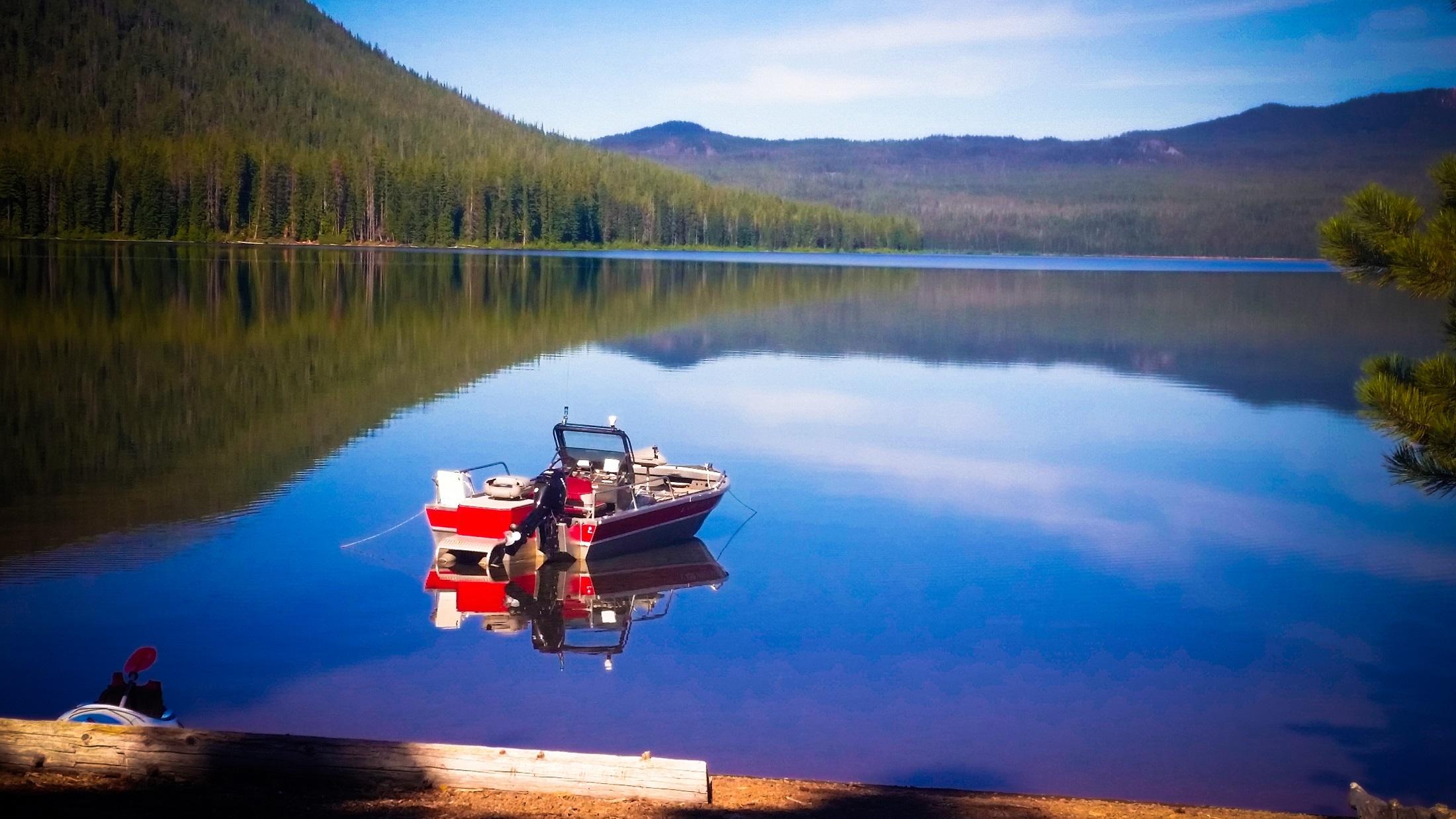 Cultus lake photo