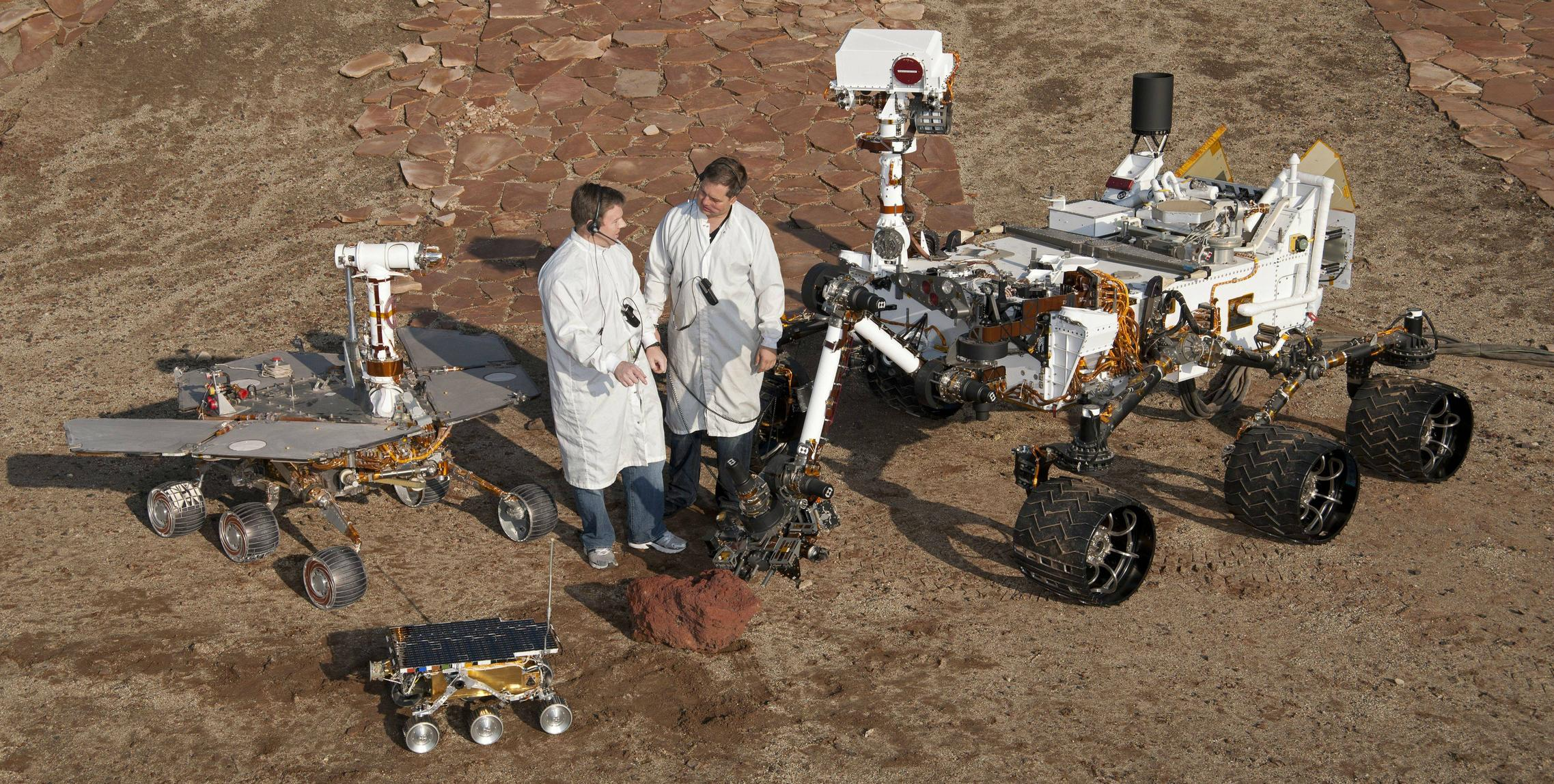 Curiosity day - Curiosity's size compared to other rovers