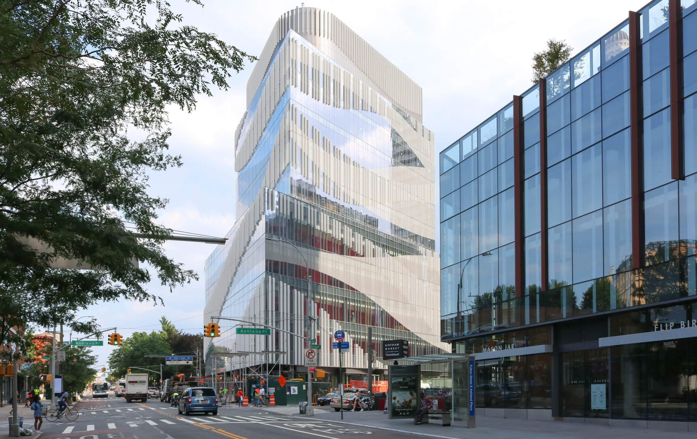 Brooklyn Development: Francis Cauffman's Curvy New Building ...