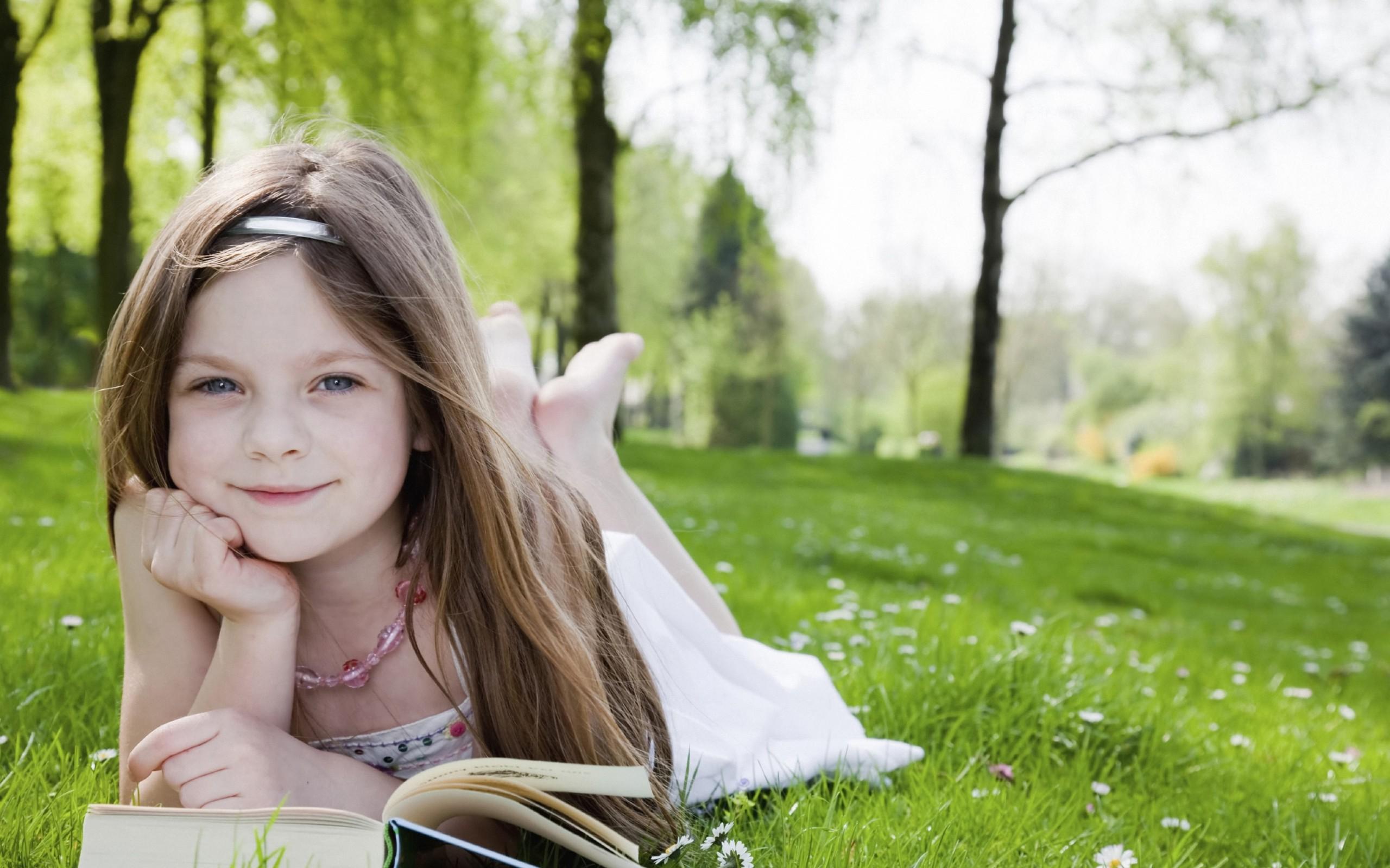 Cute Little Girl 8480 #7004136