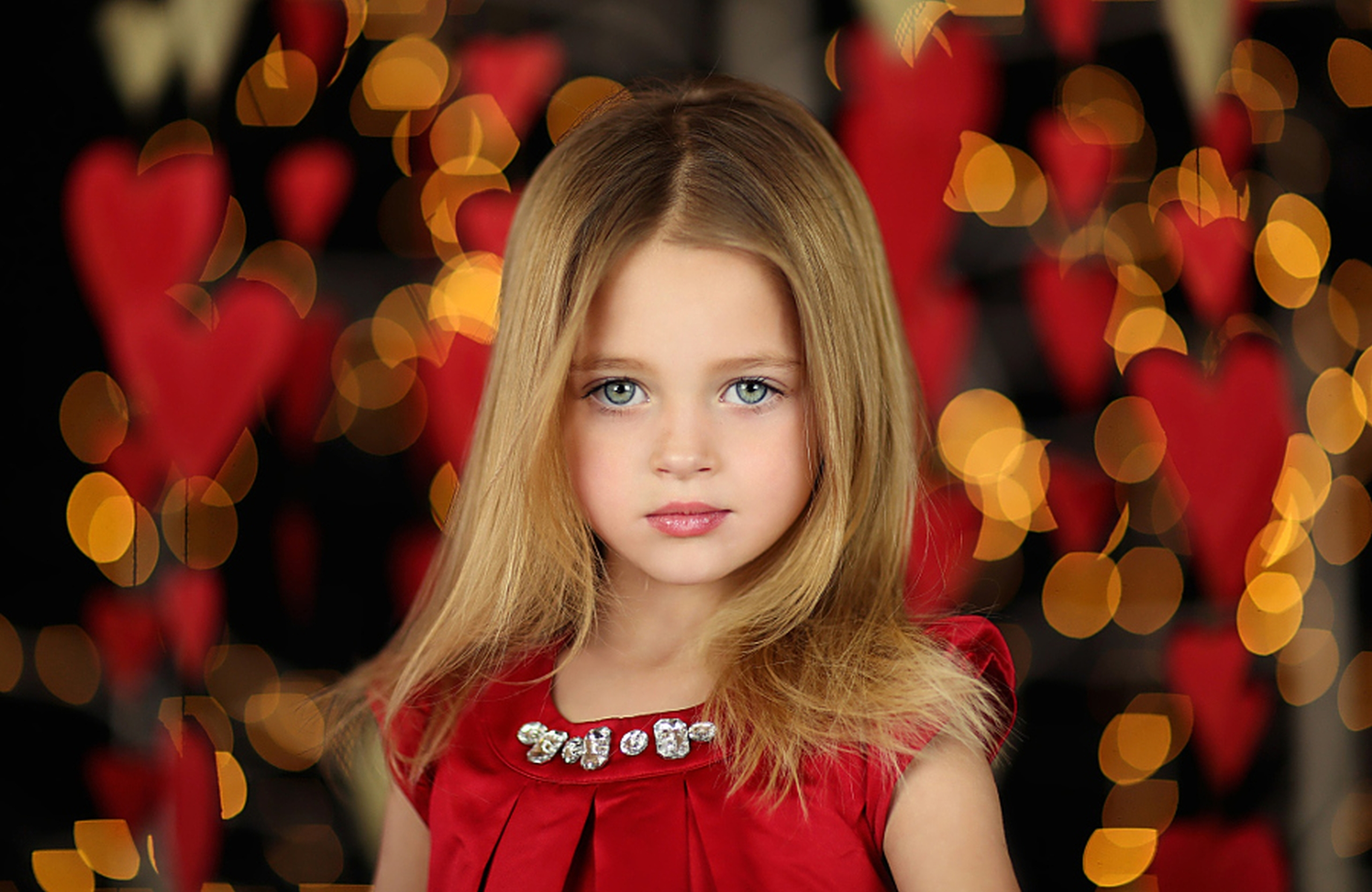 313 Little Girl HD Wallpapers | Background Images - Wallpaper Abyss