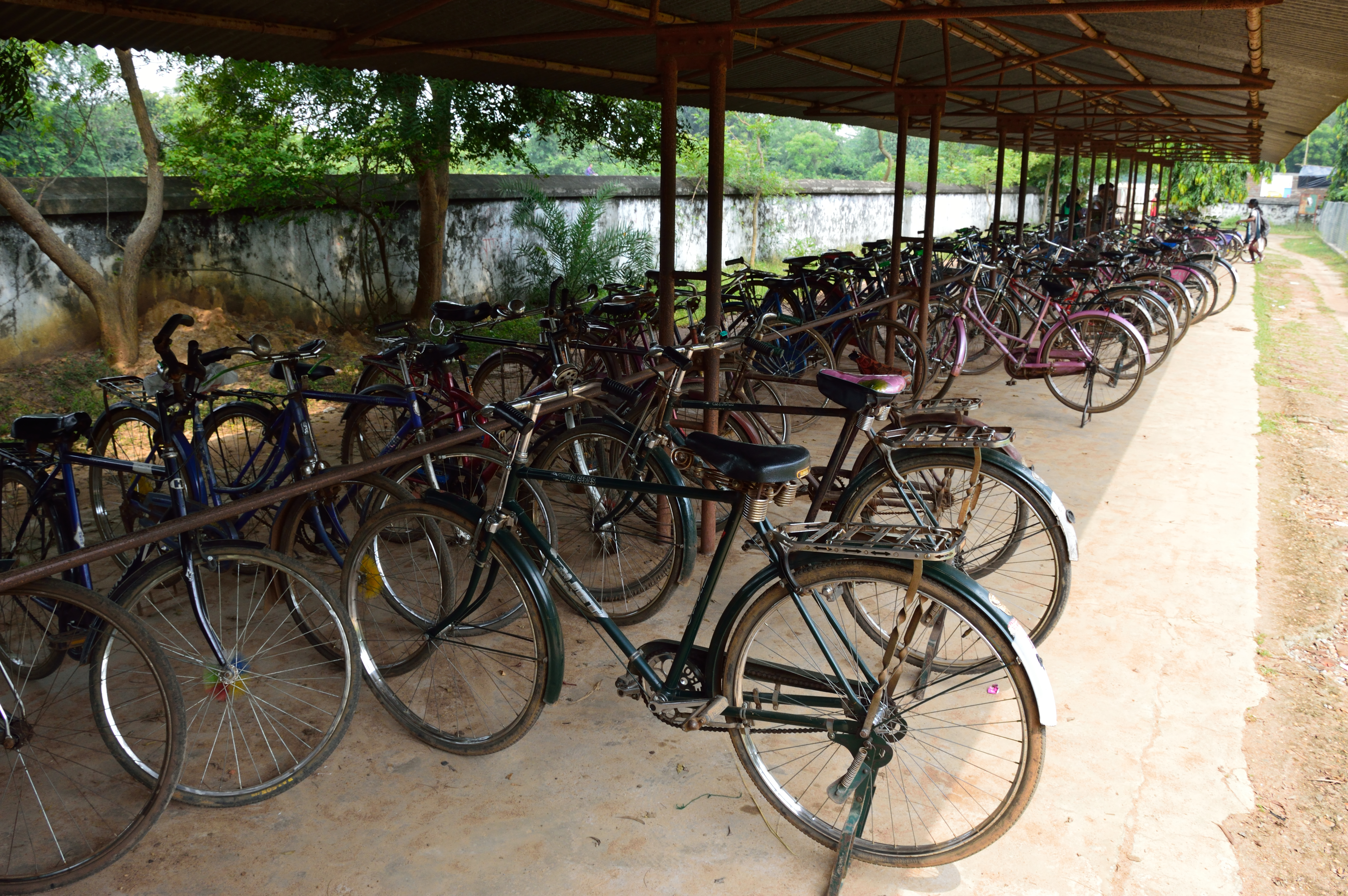 File:Cycle Stand - Hijli College - West Midnapore 2015-09-28 4135 ...