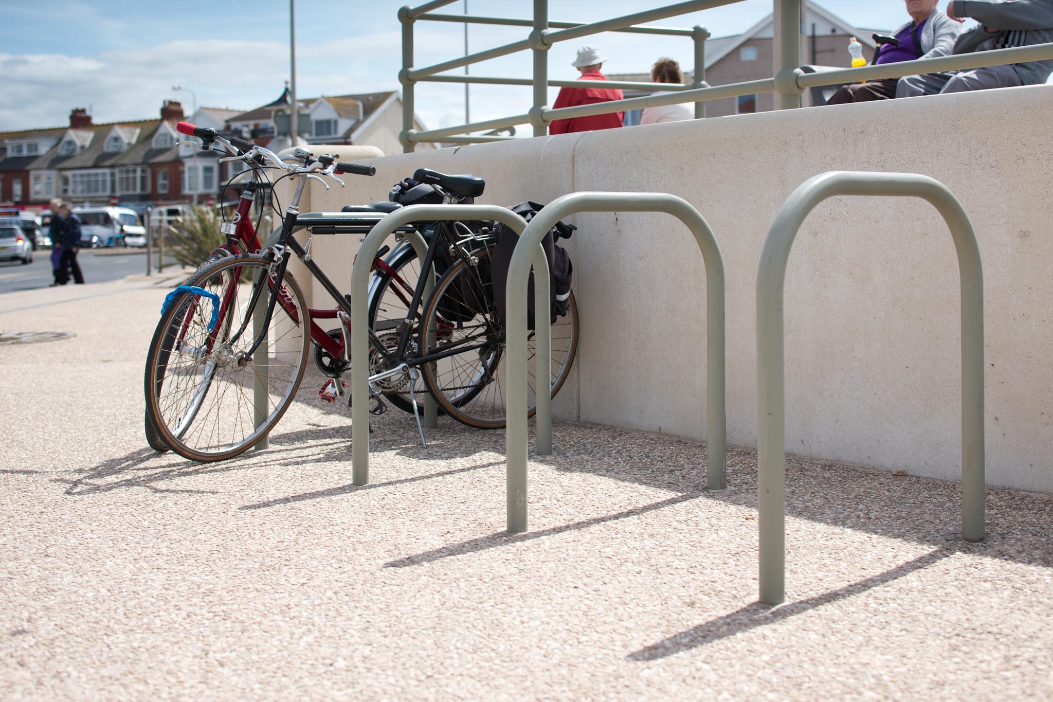 Ferrocast Sheffield Polyurethane Cycle Stand | Marshalls