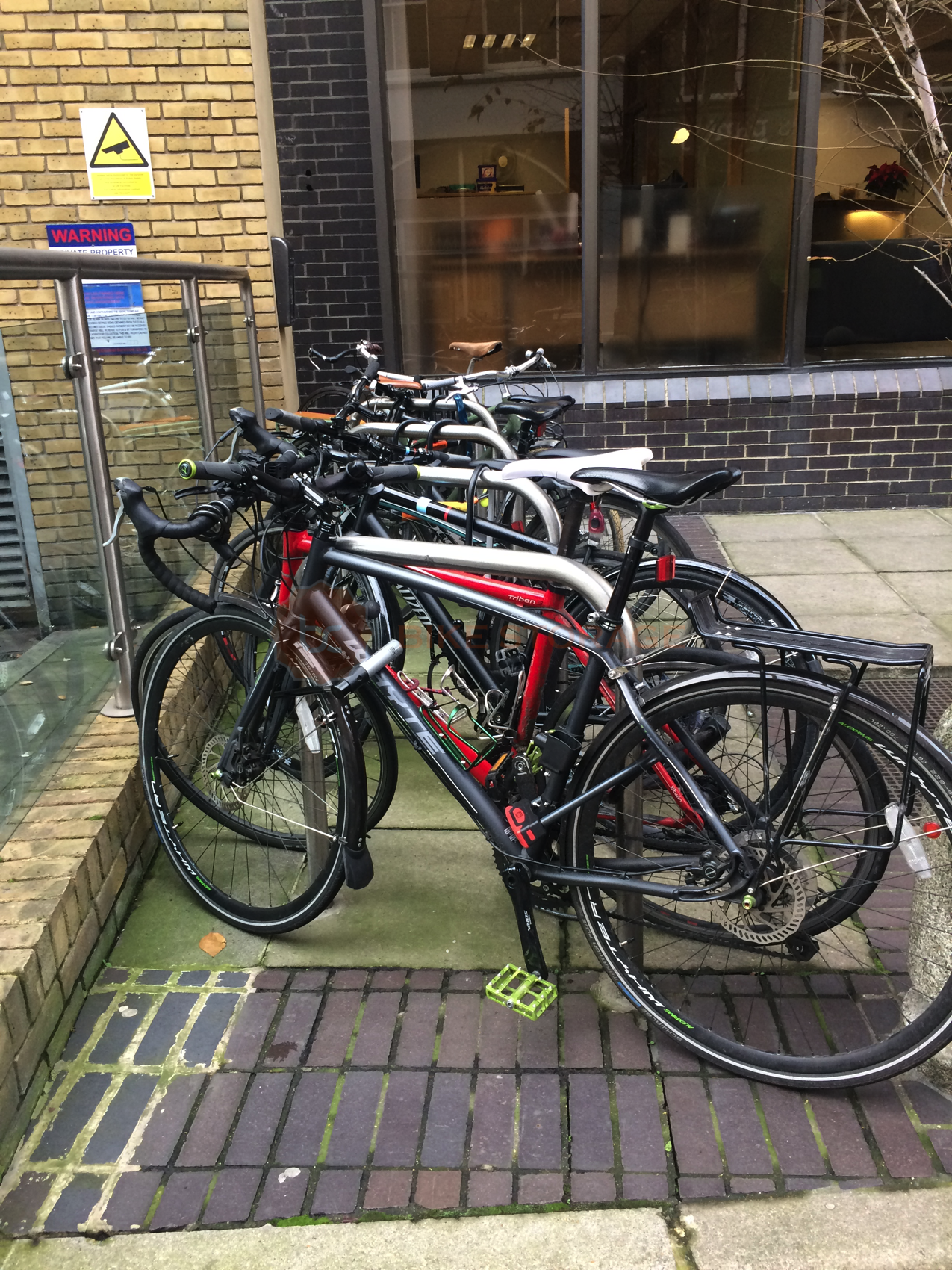 Cycle stand photo