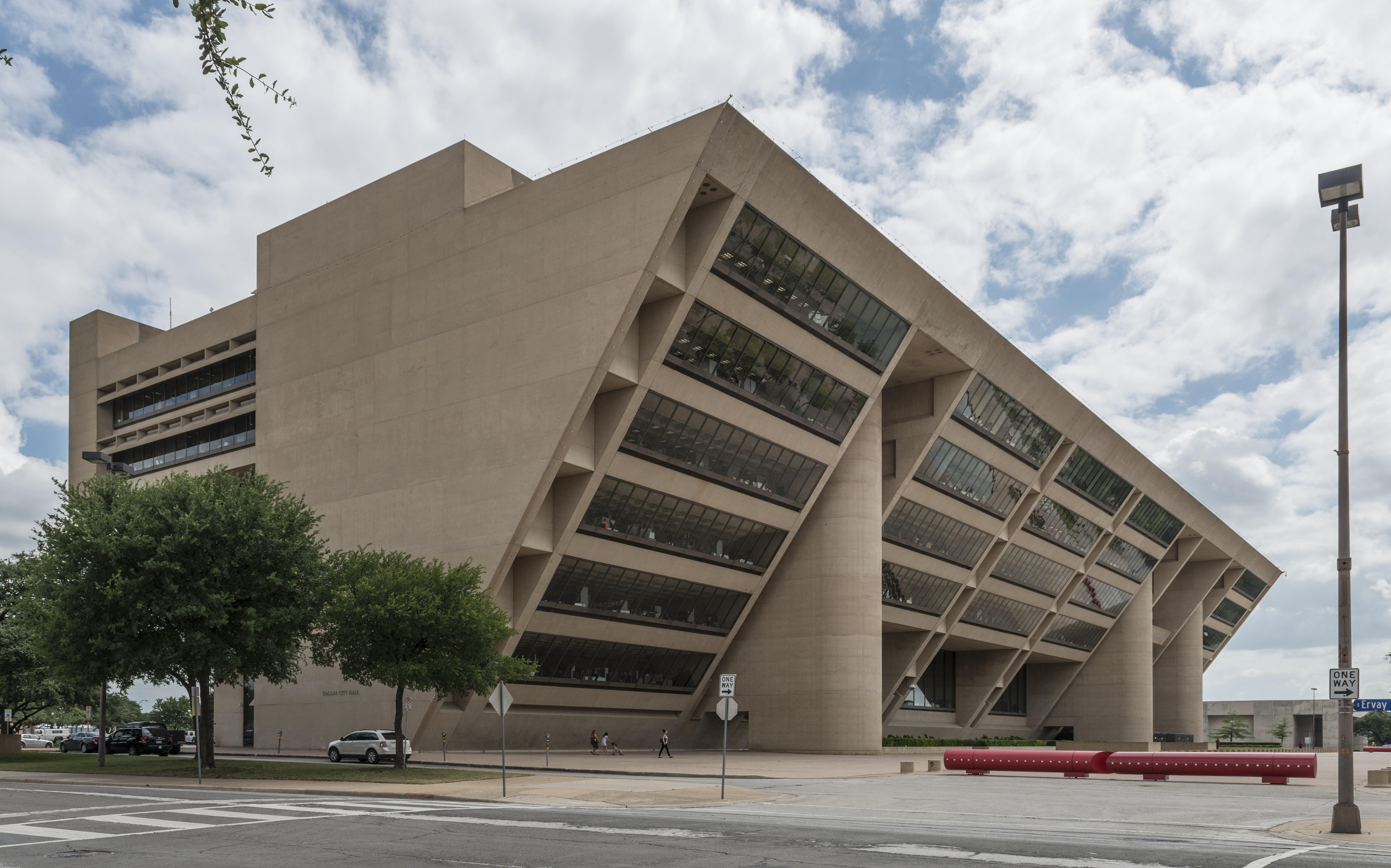 Dallas city hall photo