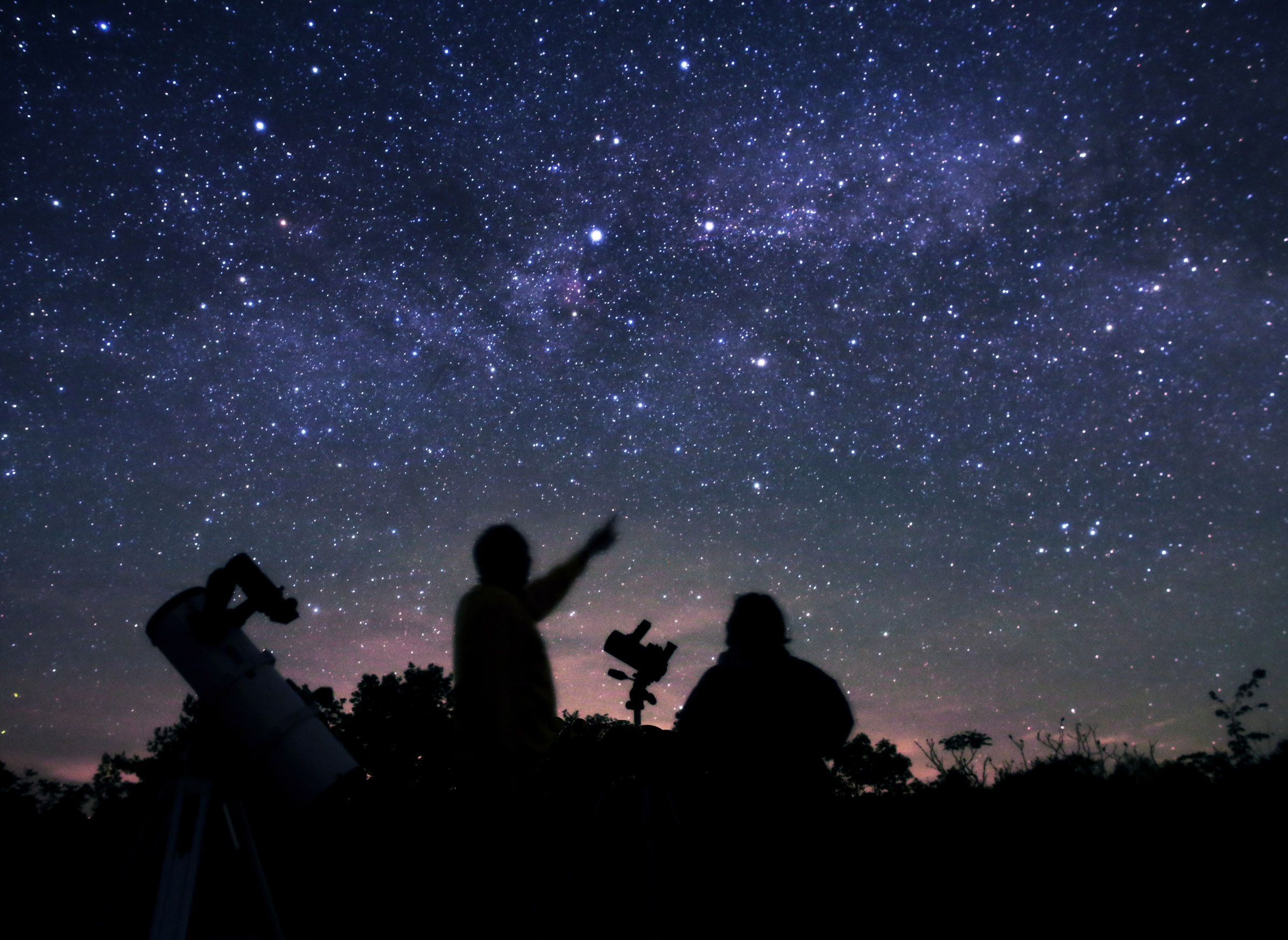 Stargazing Done Right: The Dark Sky Viewing Area in Lennox ...
