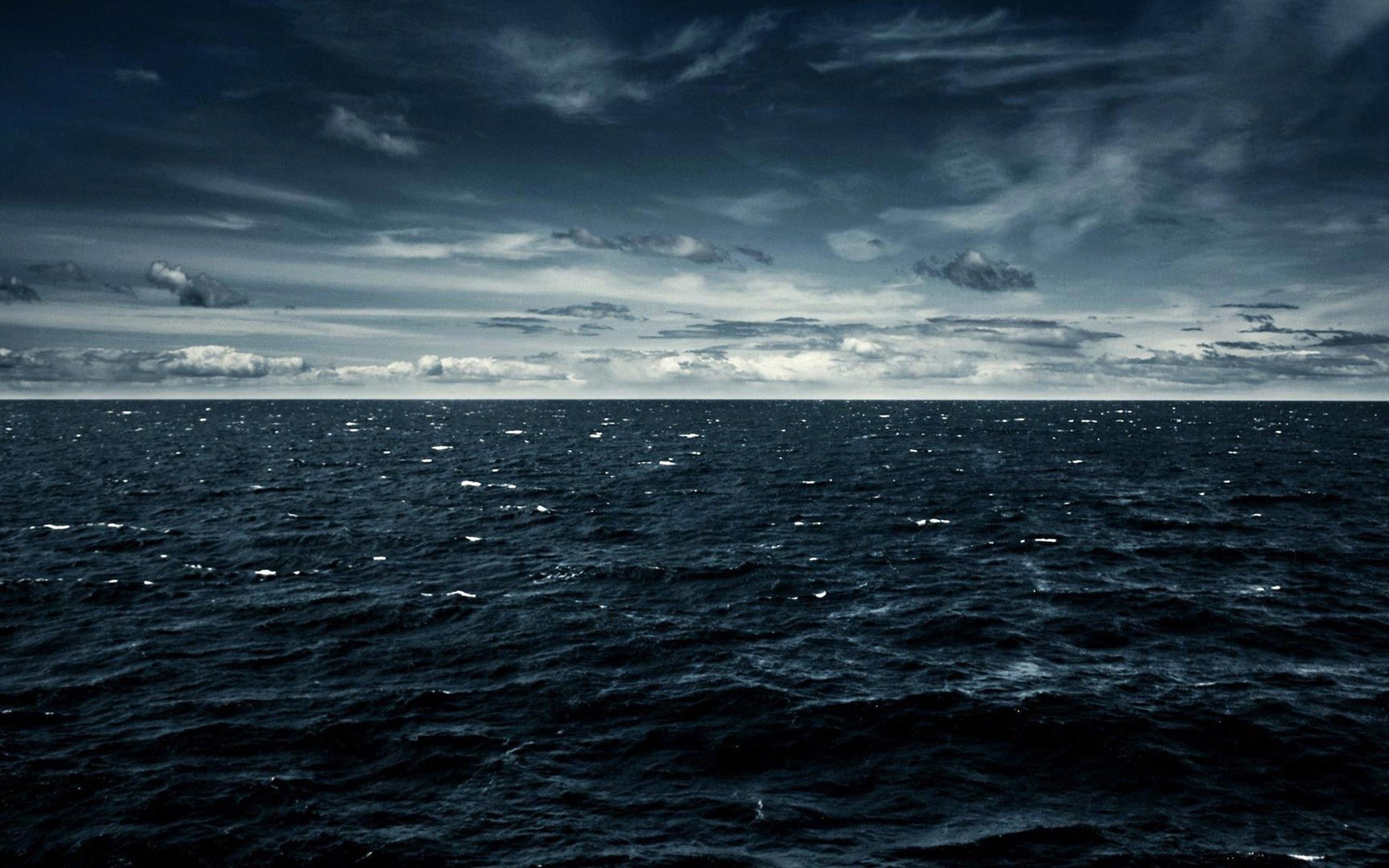 Eva Brosnan: Dark Water High Quality Wallpaper #323978