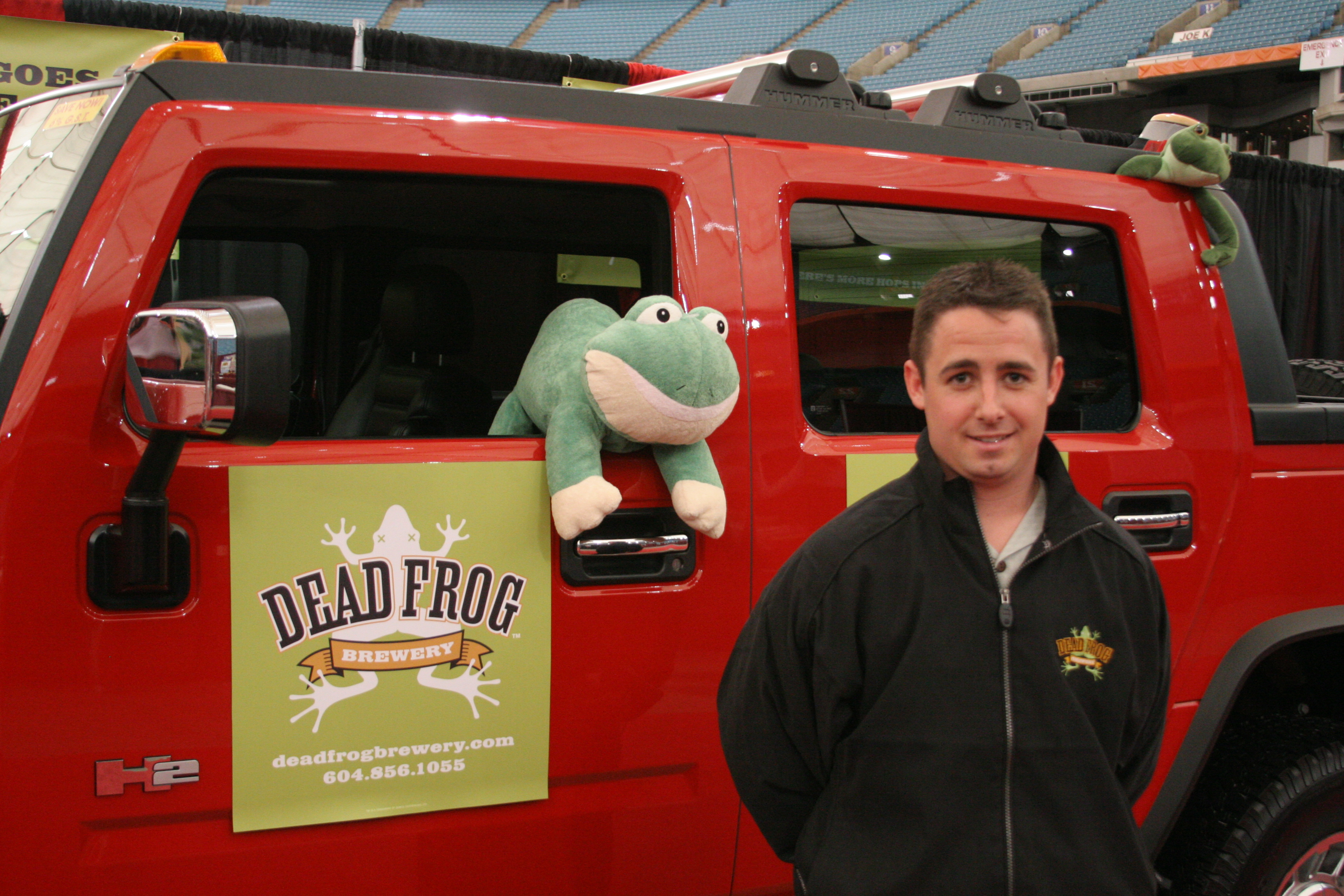 Dead Frog Beer - Eat Vancouver 2006 - 2, 20d, Beer, Canon20d, Canoneos20d, HQ Photo