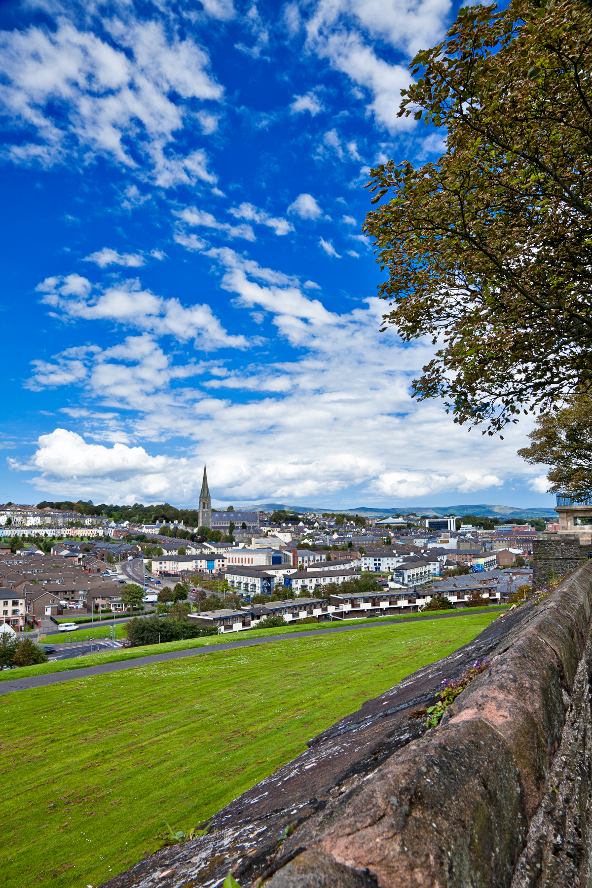 Derry cityscape - hdr photo