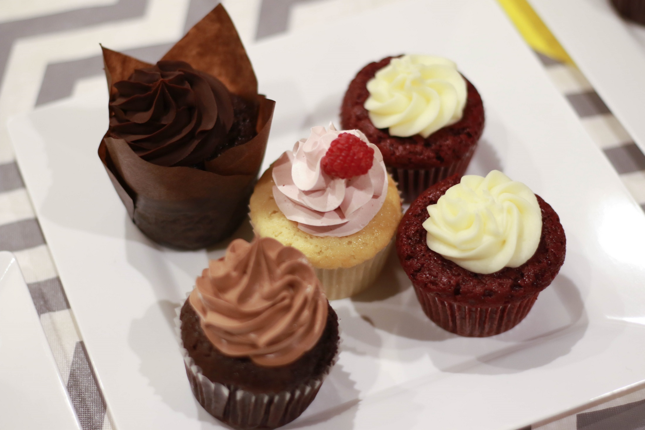Different cupcakes photo