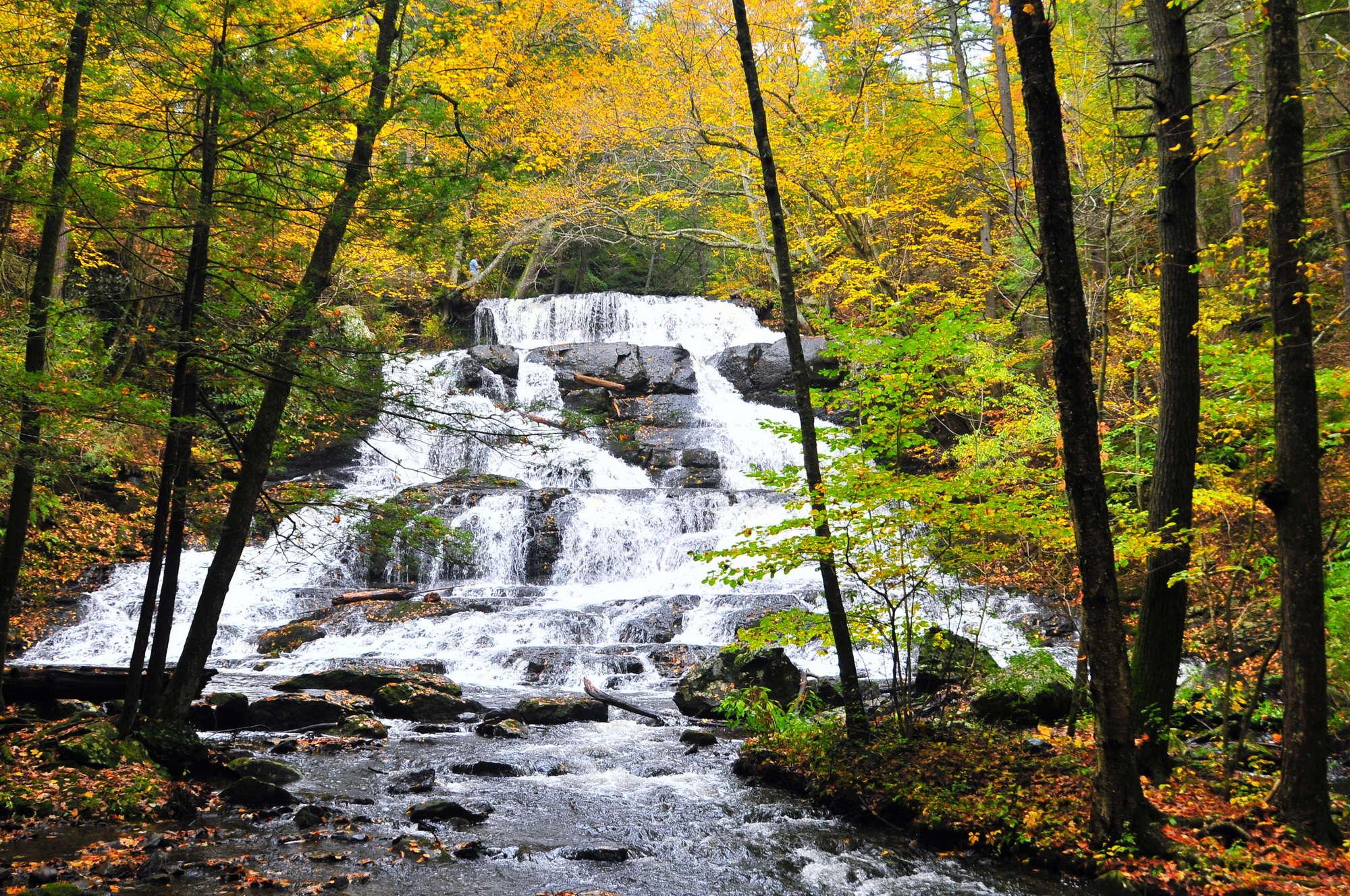 Hornbecks Creek / Indian Ladder Falls | Dingman Ferry, Pennsylvania ...