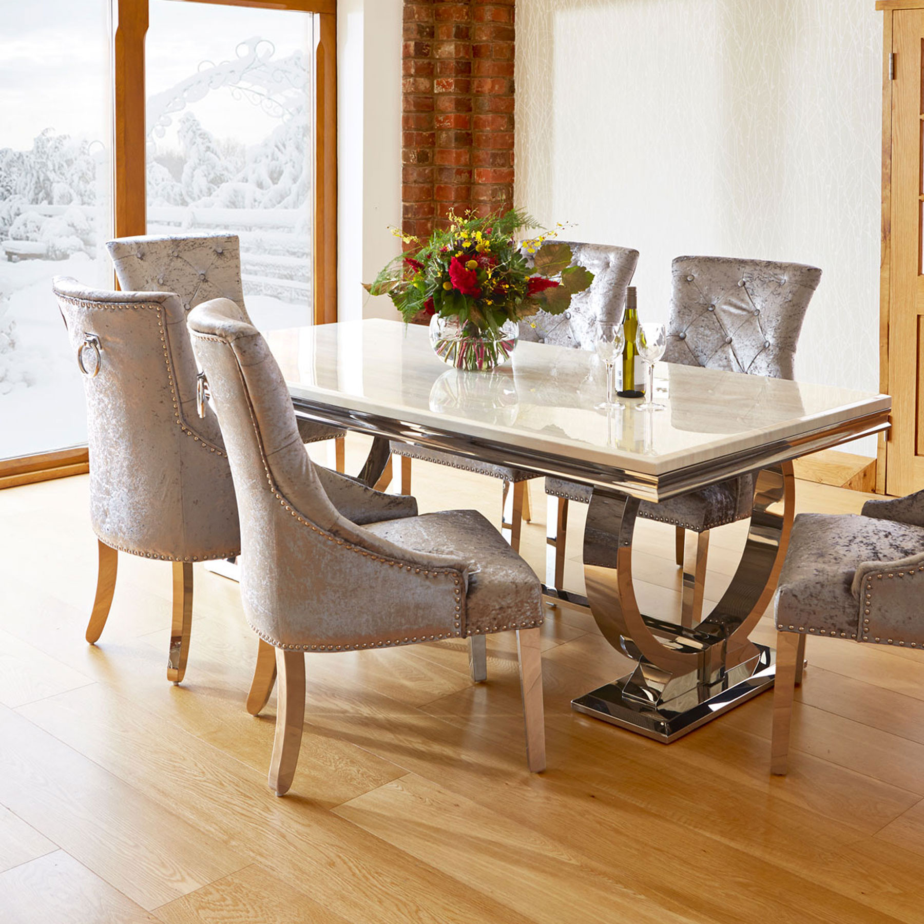 Dining table photo