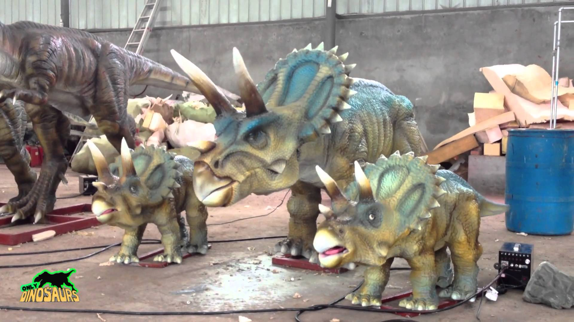 Life Size Dinosaur Statue with Sound and Movements - YouTube