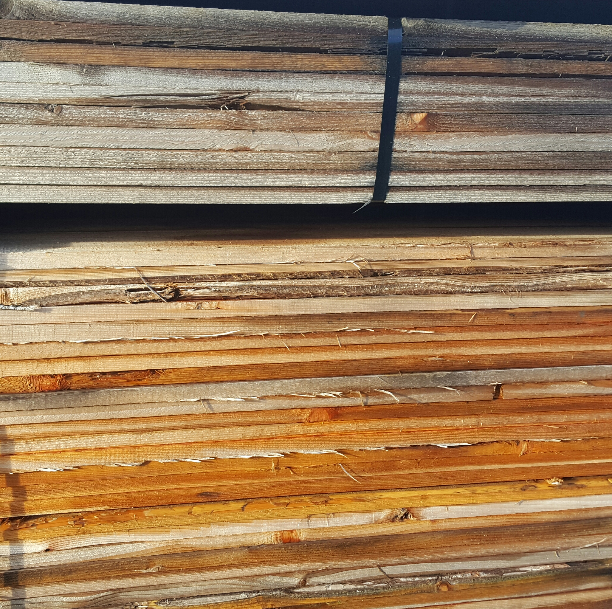 The Importance of Stain in Preventing Cedar from Turning Grey ...