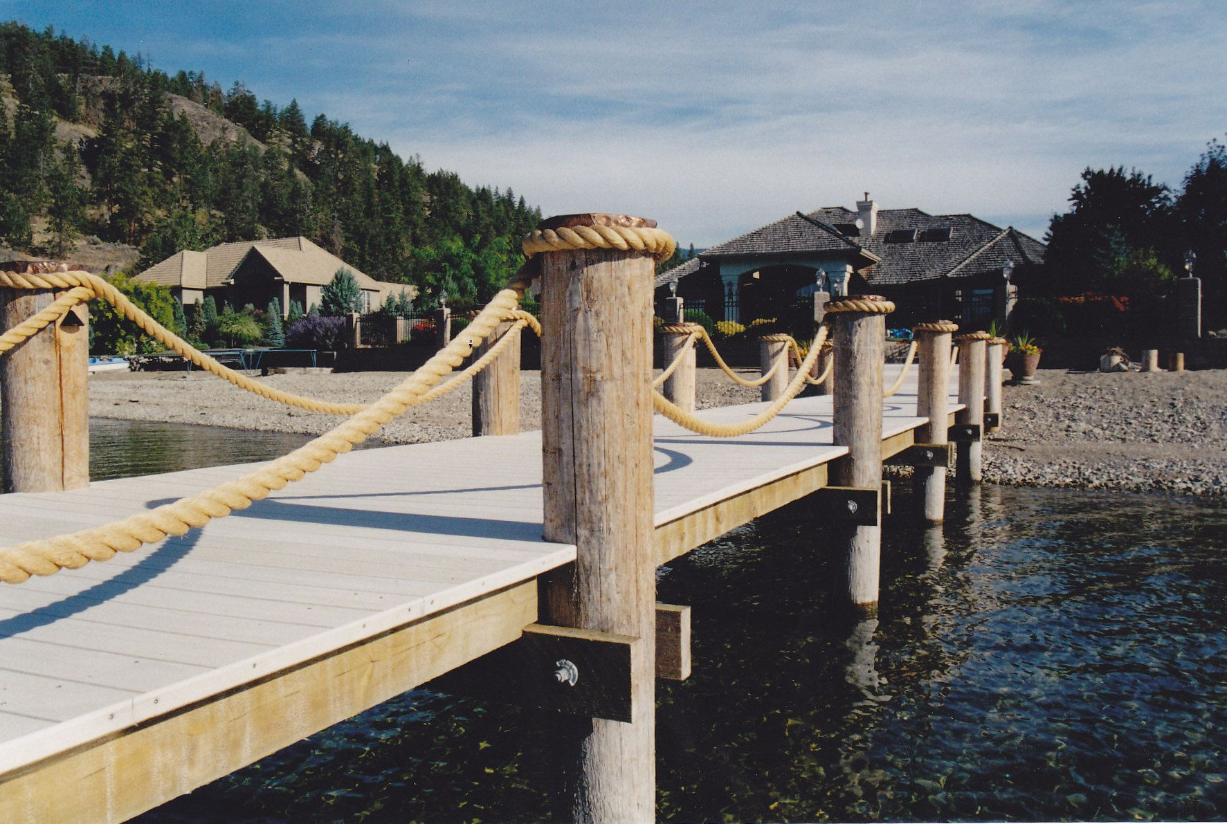 Rope Railing | Shoreline Piledriving & Boat Lifts
