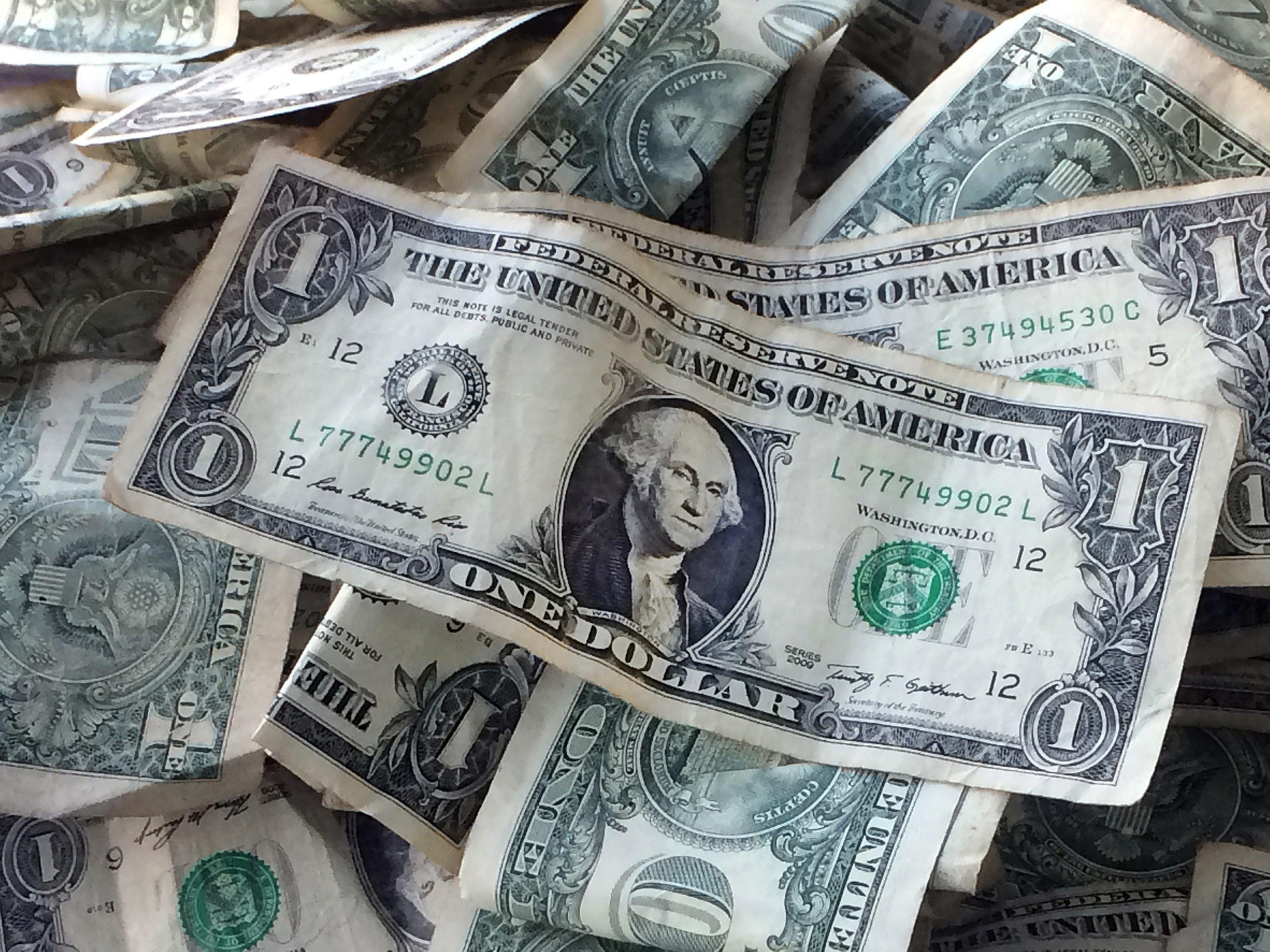 Beaten-Down Dollar Bounced Back in September - WSJ