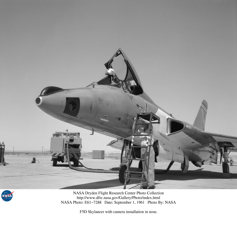 Douglas F5D