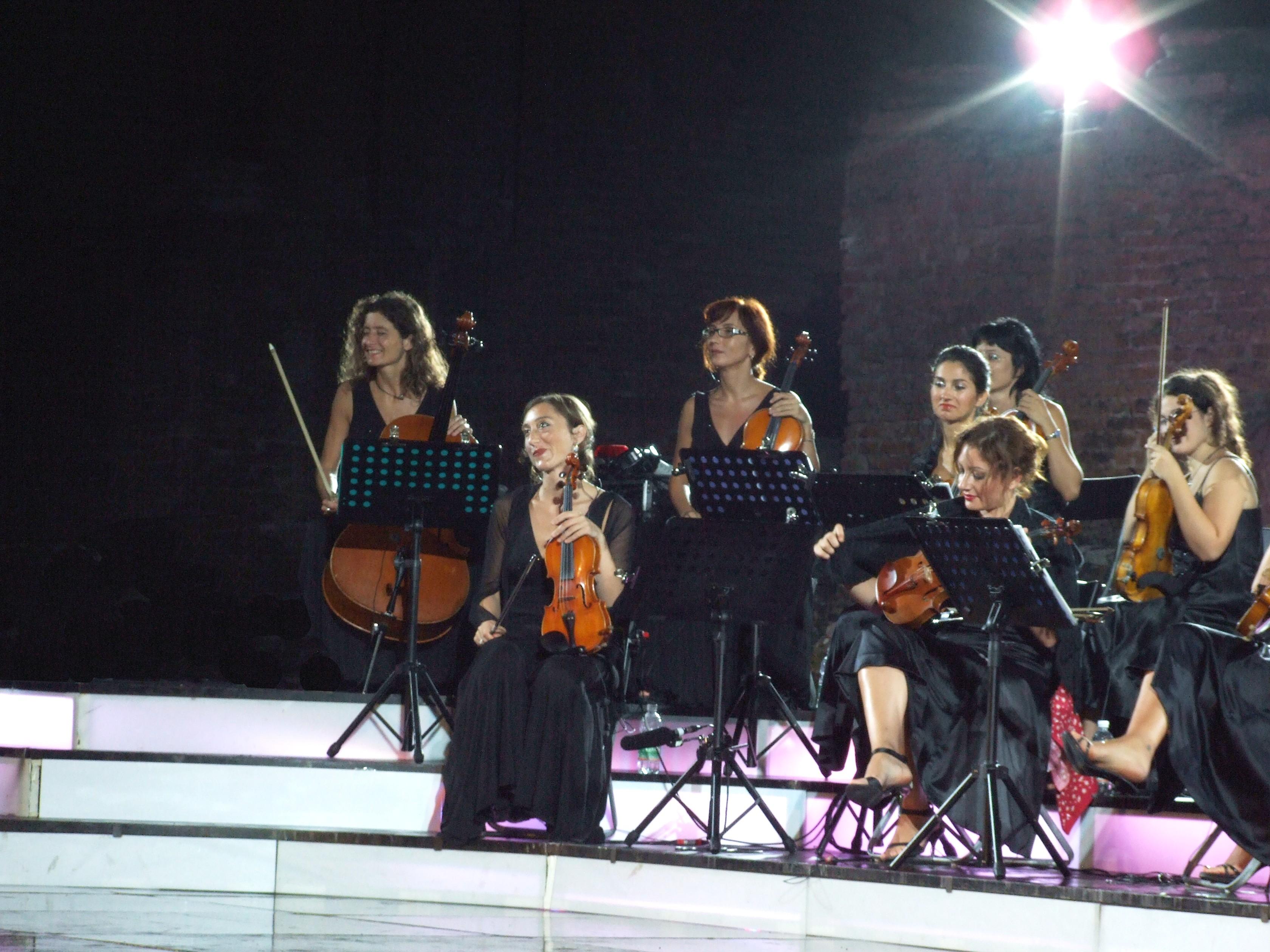Dscf9304-massimo ranieri concert 2009 taormina-sicilia-italy-gnuckx-cc0-hq photo