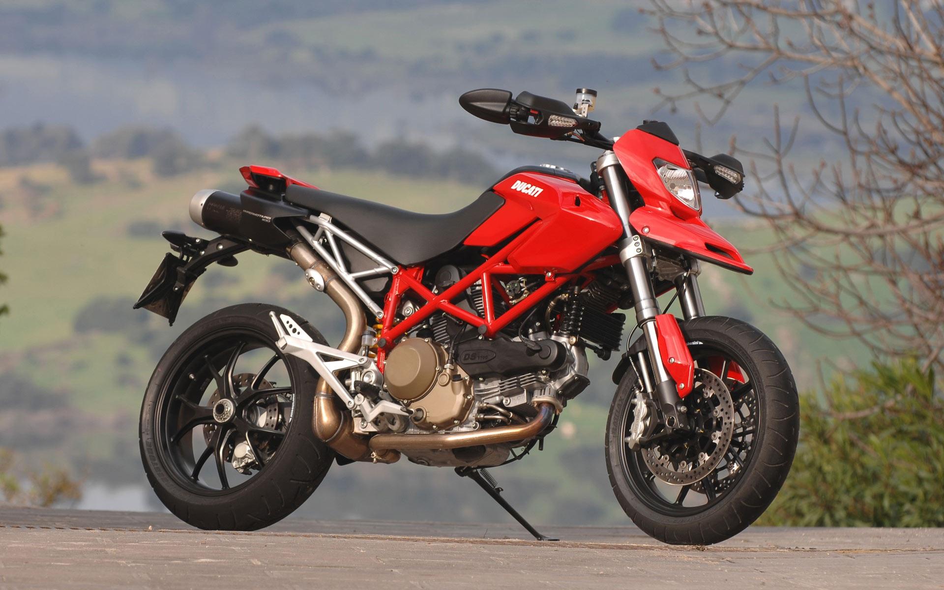 Ducati Bike Wallpapers - THIS Wallpaper