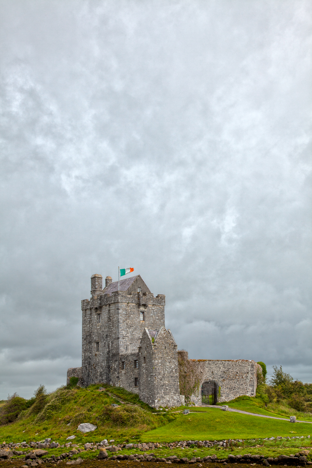 Dunguaire castle - hdr photo