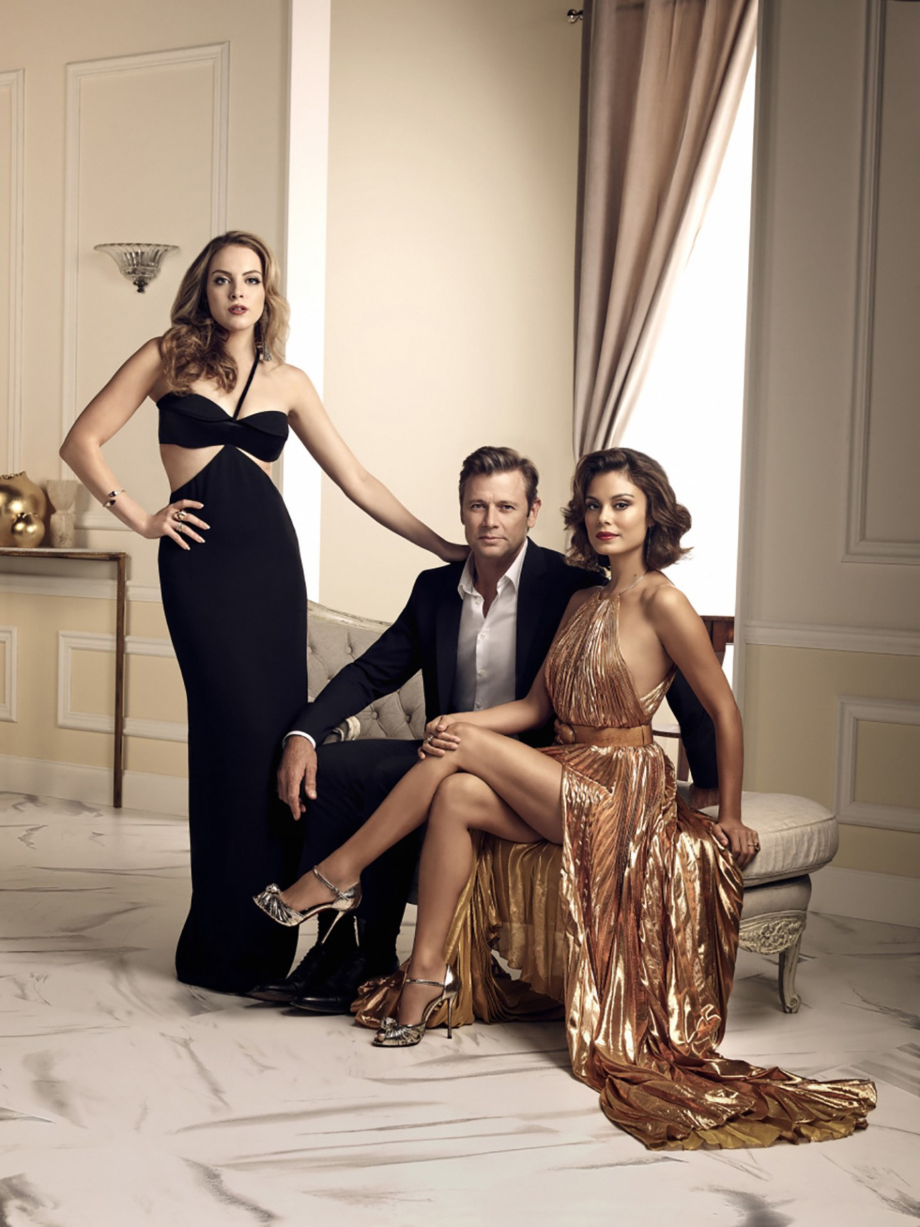 Dynasty Fashion: An Interview With the Cast and Wardrobe Stylist ...