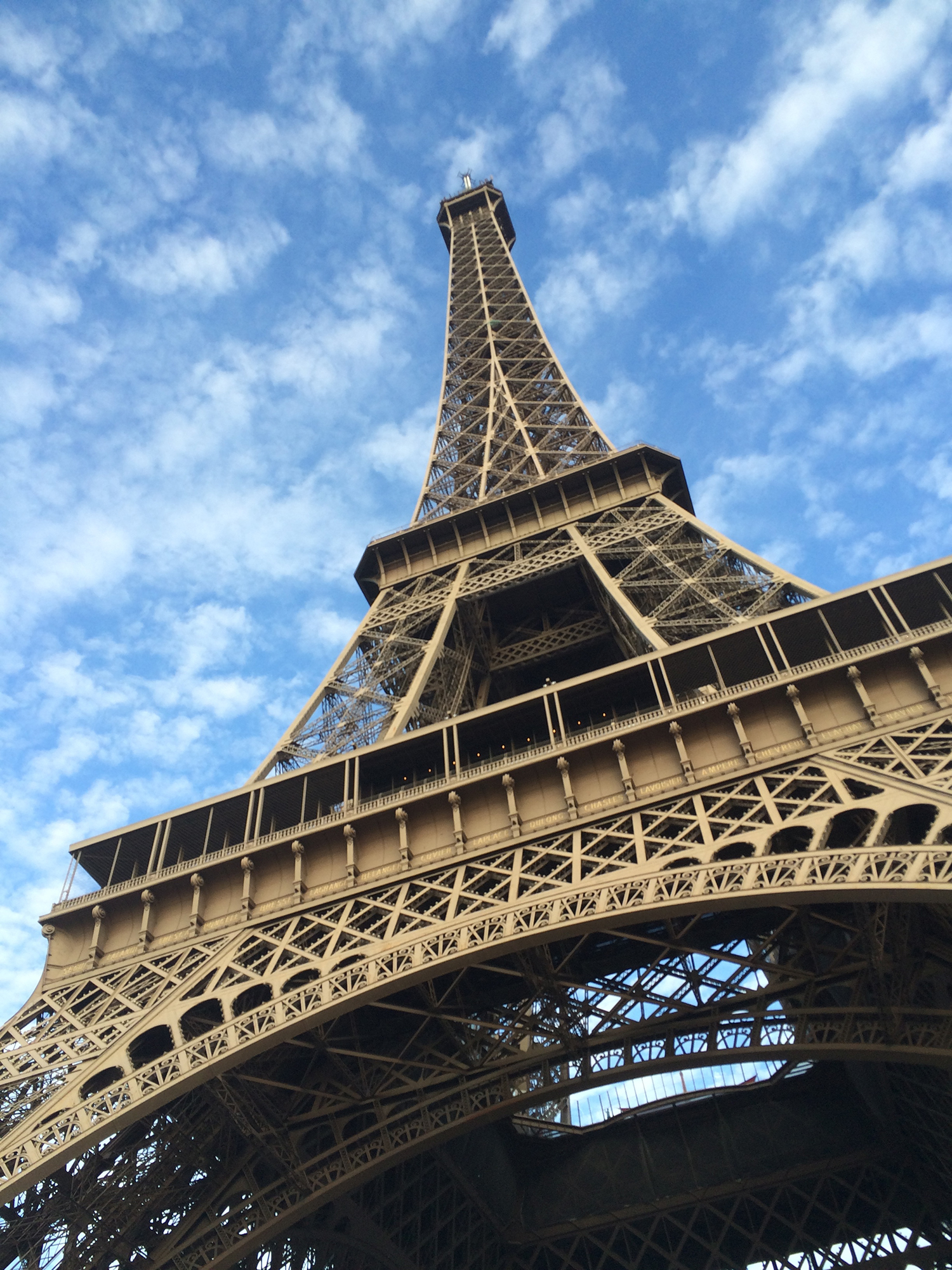 Paris announces €300 renovation of the Eiffel Tower