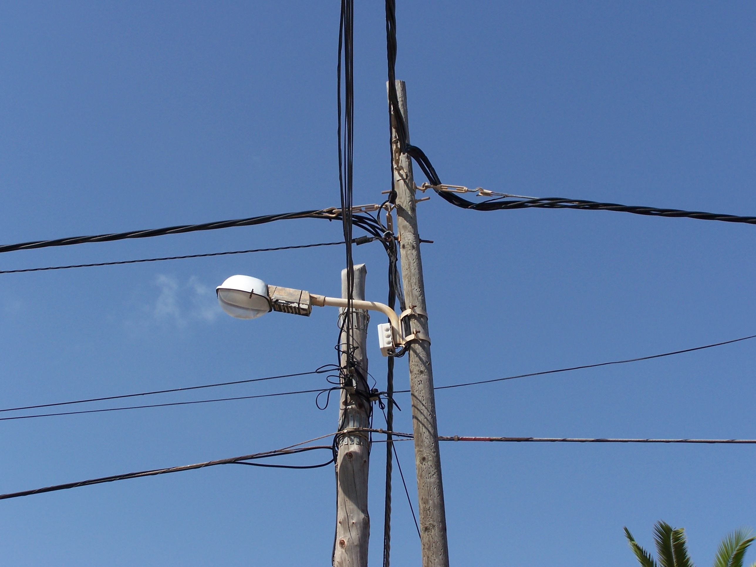 Free photo: Electric installation chaos - power, wires, mallorca ...